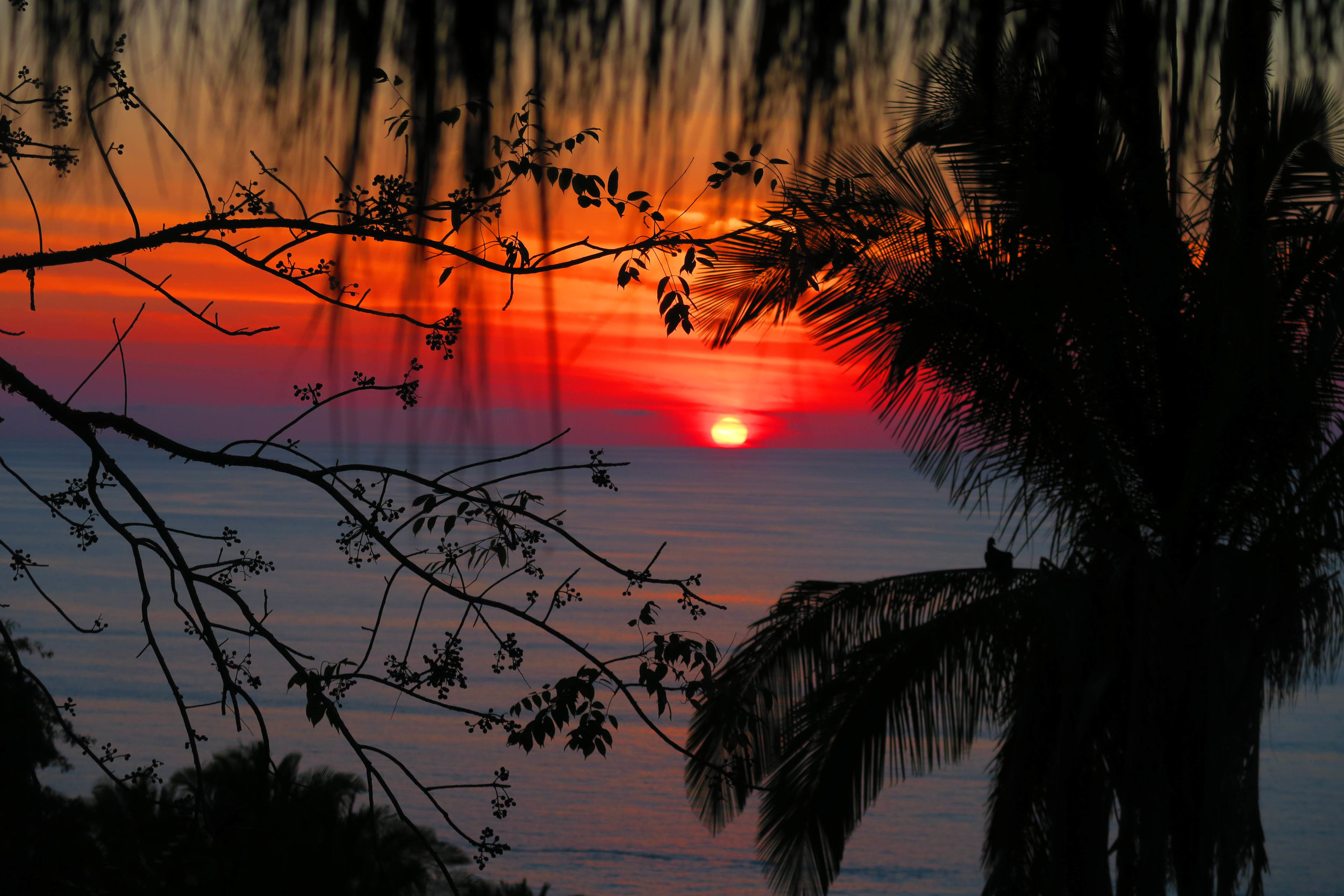 You have to experience the sunset at Haramara for yourself to really understand.