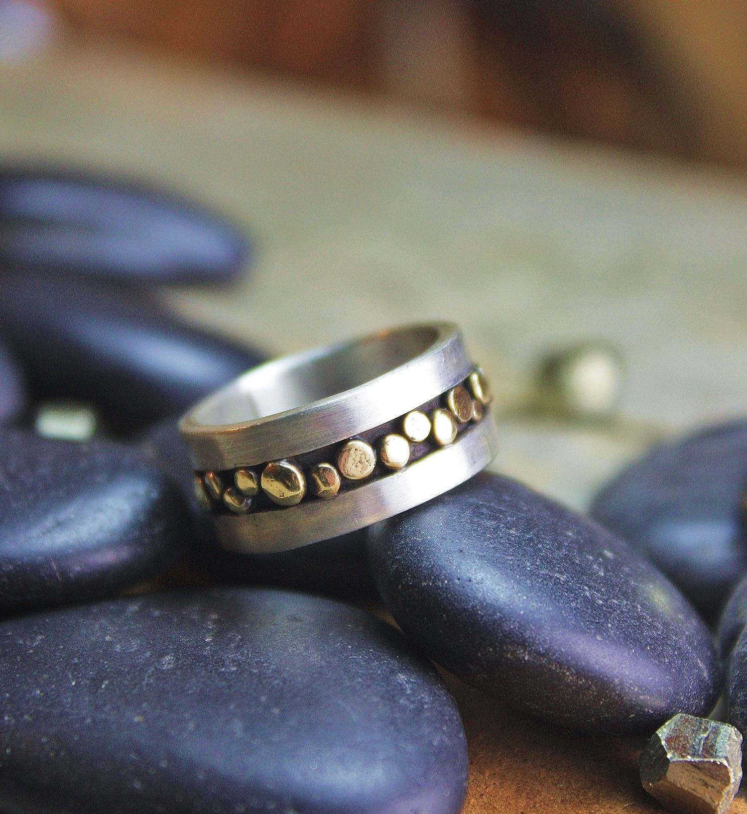 Pebble Ring Inlayed 002.jpg