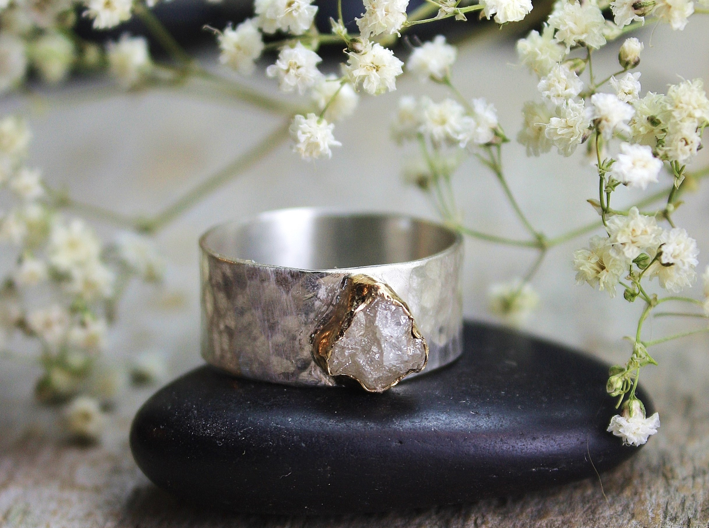 rough diamond wide hammered band 010.JPG