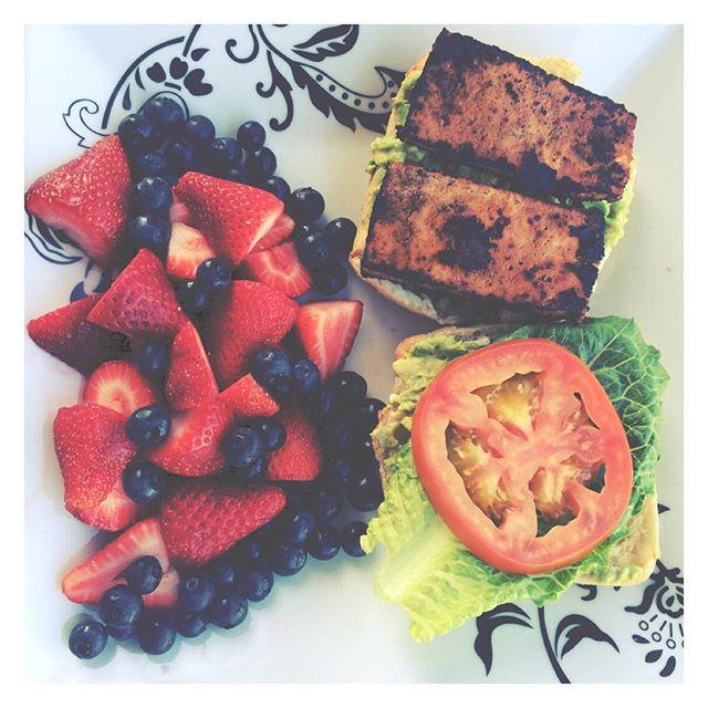 "This was incredible. Homemade avocado ""BLT"" on ciabatta bread. #vegan #whatveganseat #vegansofig #blt #tofu #plantbased #findingfull"
