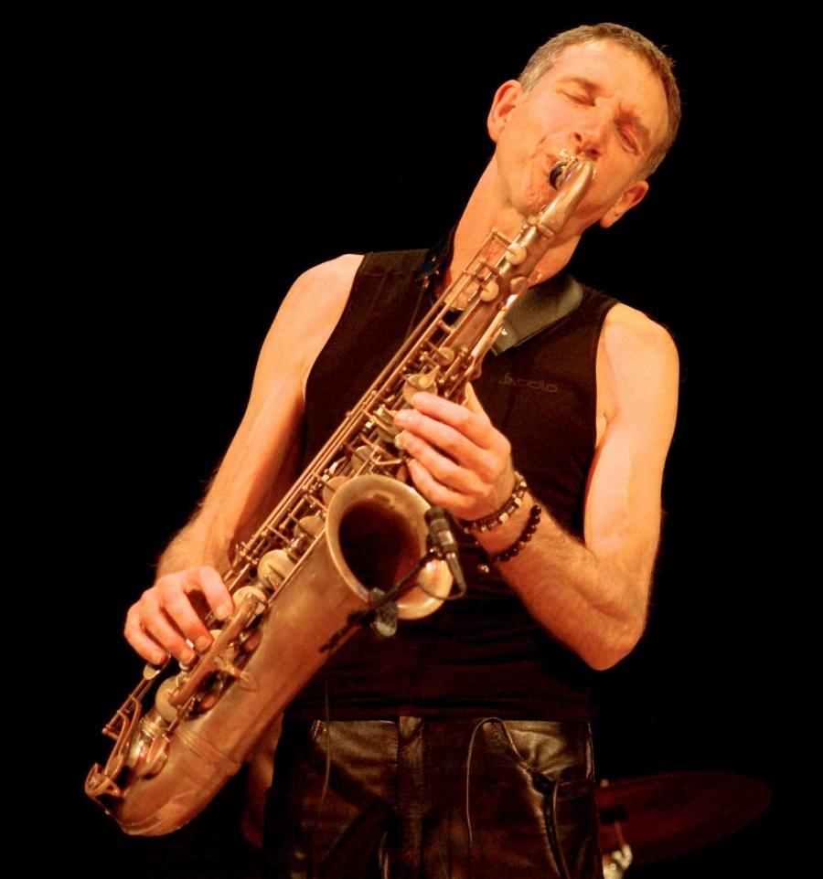 snake davis<a href=http://www.snakedavis.rocks/>|</a><strong>sax & flute | most venues</strong>