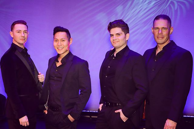 Happy #firstdayofspring! We are excited to share some wonderful shots of our recent concert at the Palm Springs Opera Guild's 50th Anniversary Gala at the @psartmuseum! Thanks for having us sing for and meet your incredible patrons! #palmsprings #voxsings #gala #opera #manband