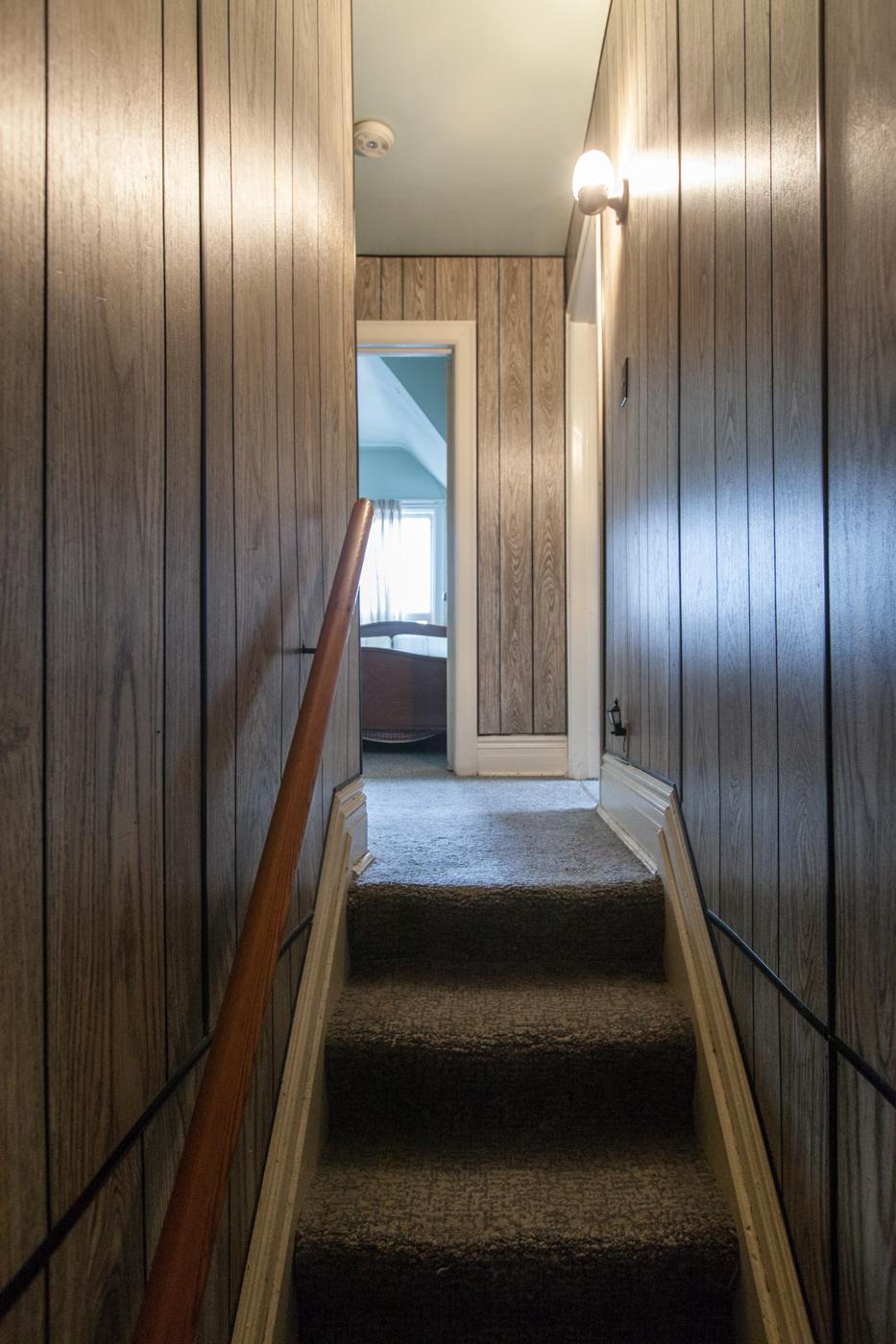 6 Third floor stair 1.jpg