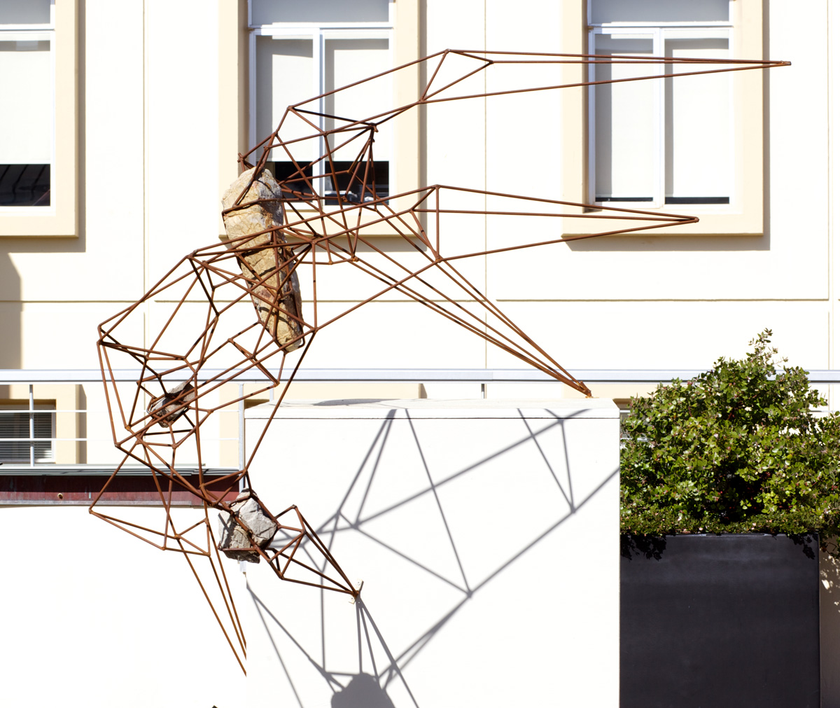 "36"" x 36"" x 60"", 2013 (Installation view at the University of San Francisco Sculpture Terrace.)"