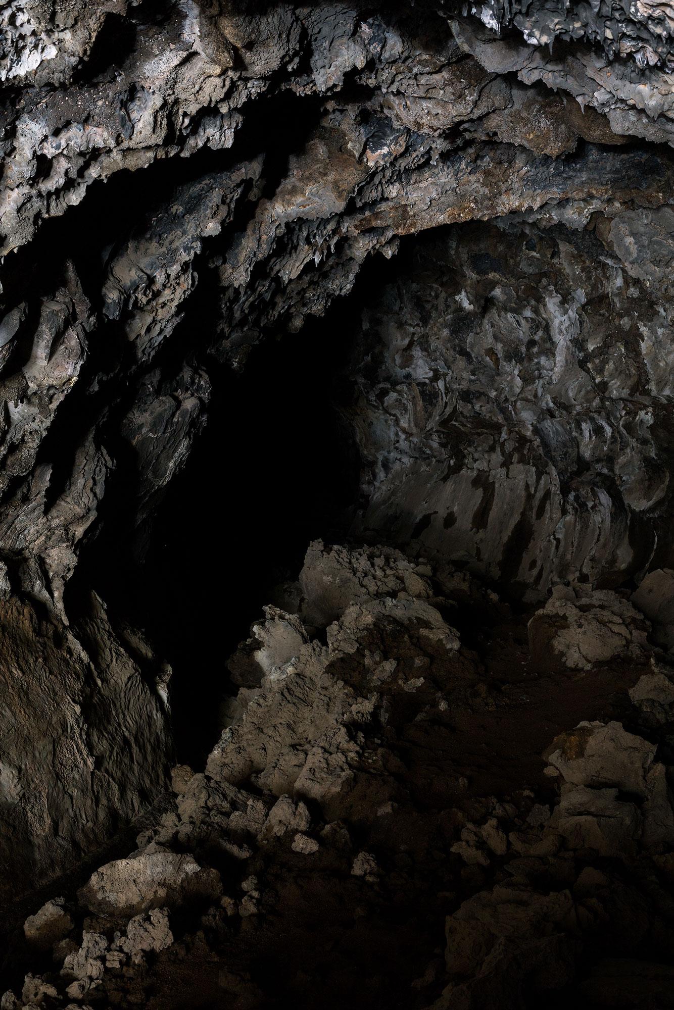 Modoc Caves 3.jpg