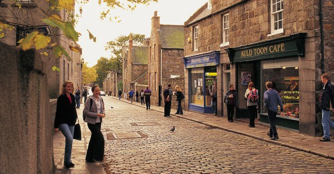 Old Aberdeen complete with cobbled streets offers a brilliant escape from the trappings of the modern city.