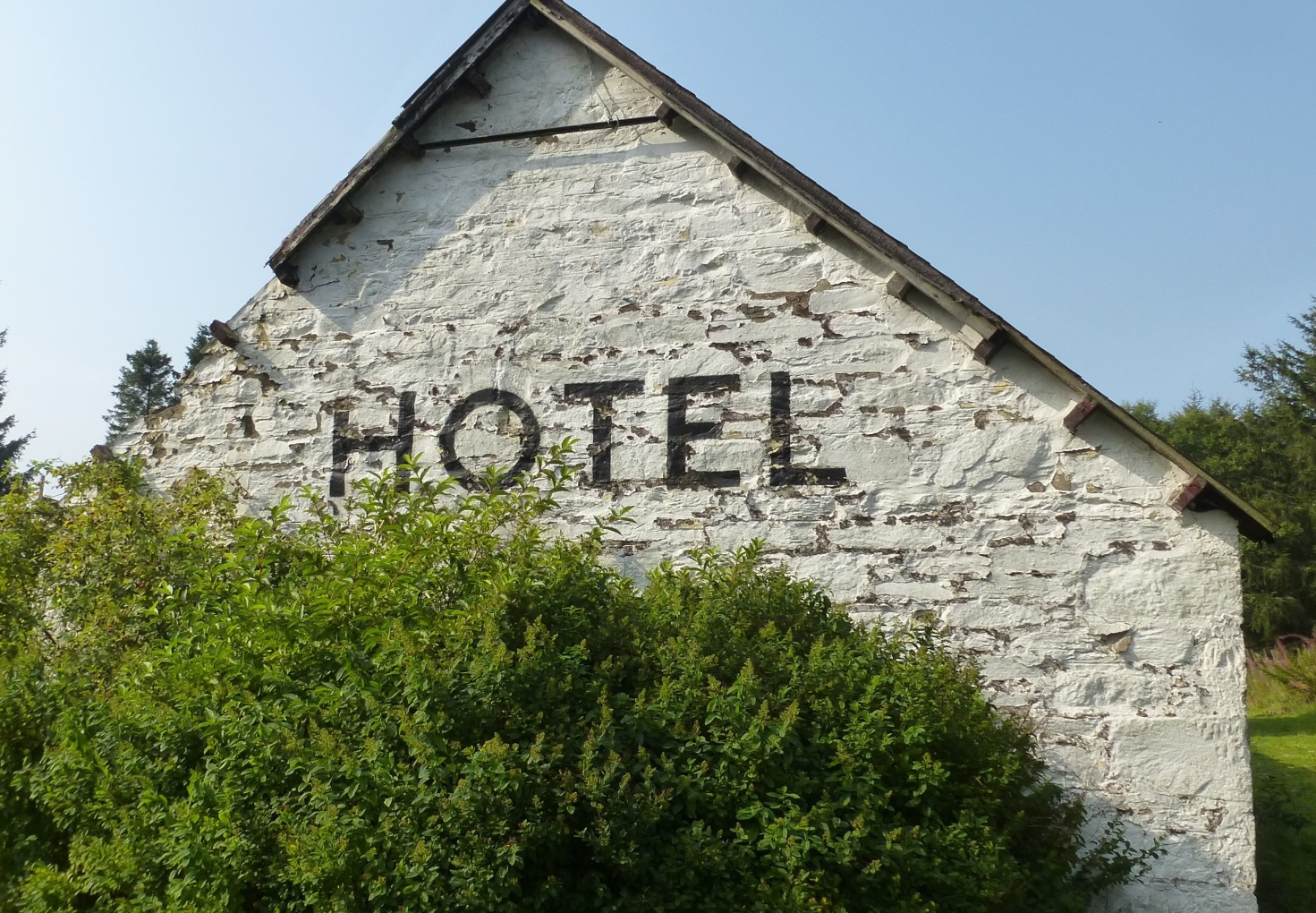 Amulree hotel sign - photo credit Theresa Mackay