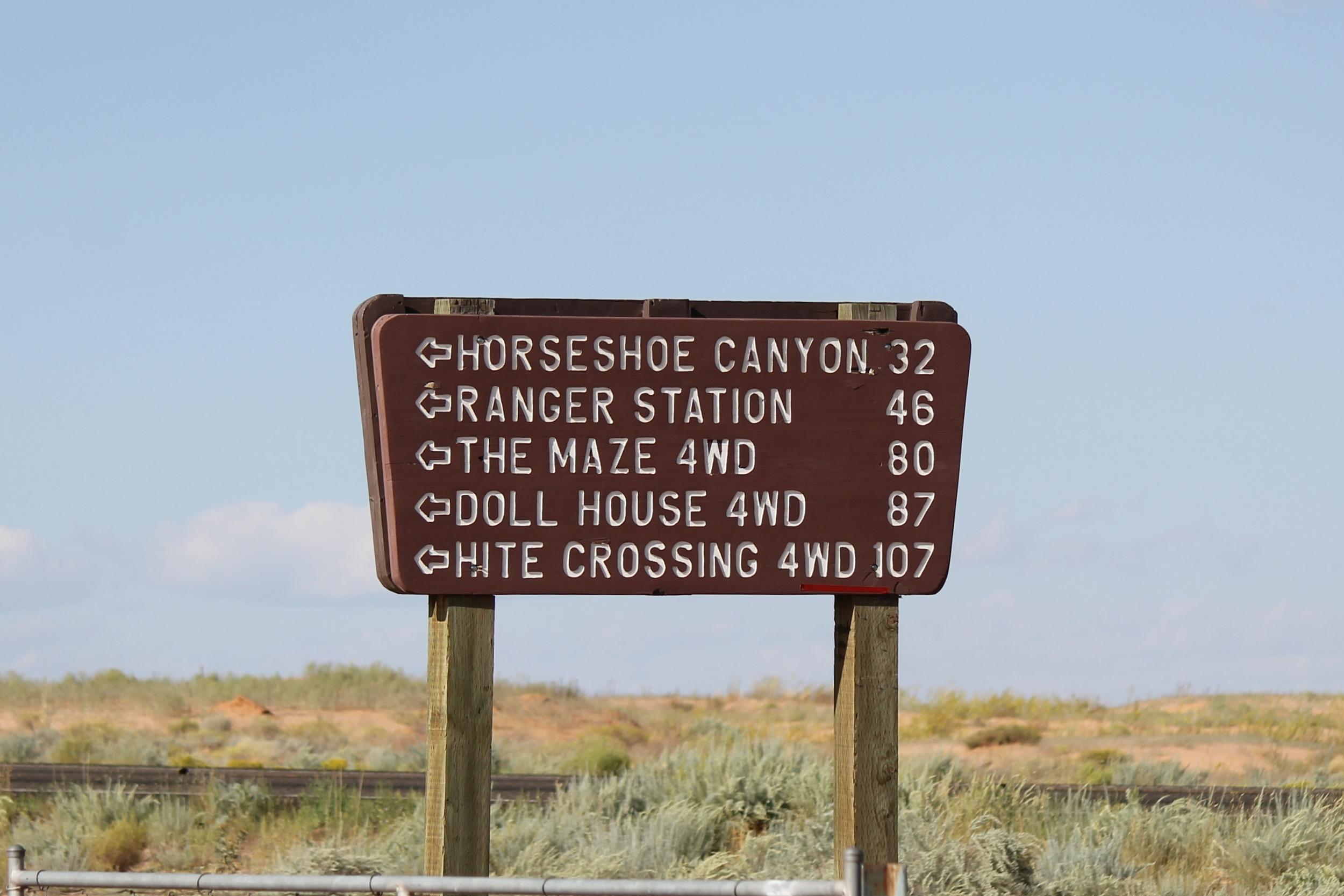Sign at Lower SR Rd.jpg