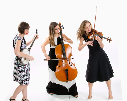 Photograph of Harpeth Rising (from left to right): Rebecca Reed-Lunn, Maria Di Meglio and Jordana Greenberg,courtesy of Harpeth Rising Management