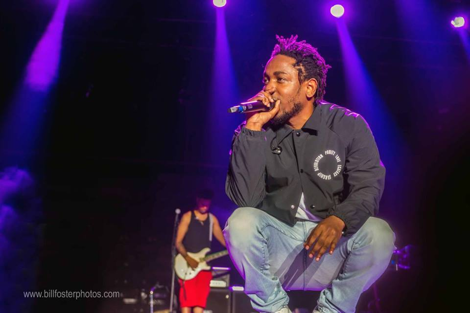 Kendrick Lamar lays it down for the crowd at Bonnaroo 2015, photograph by Bill Foster