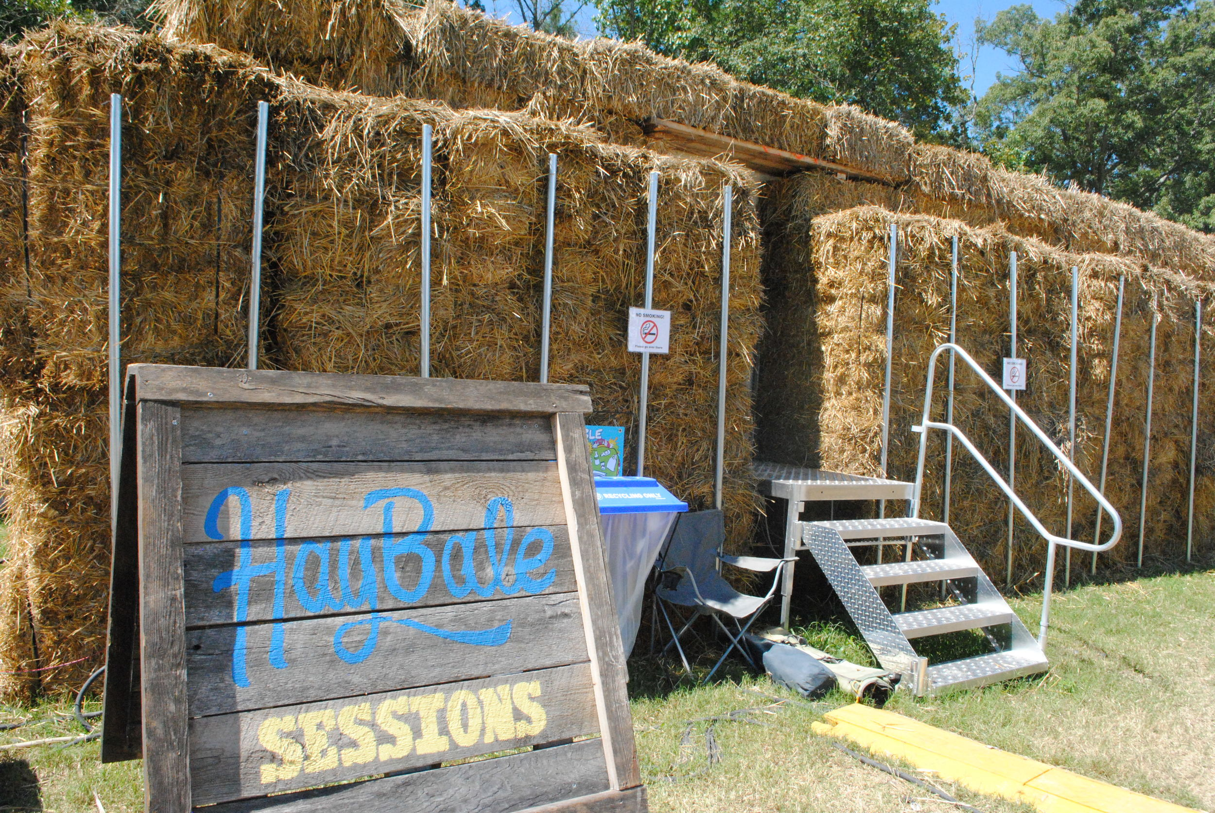 hay bale sessions.JPG