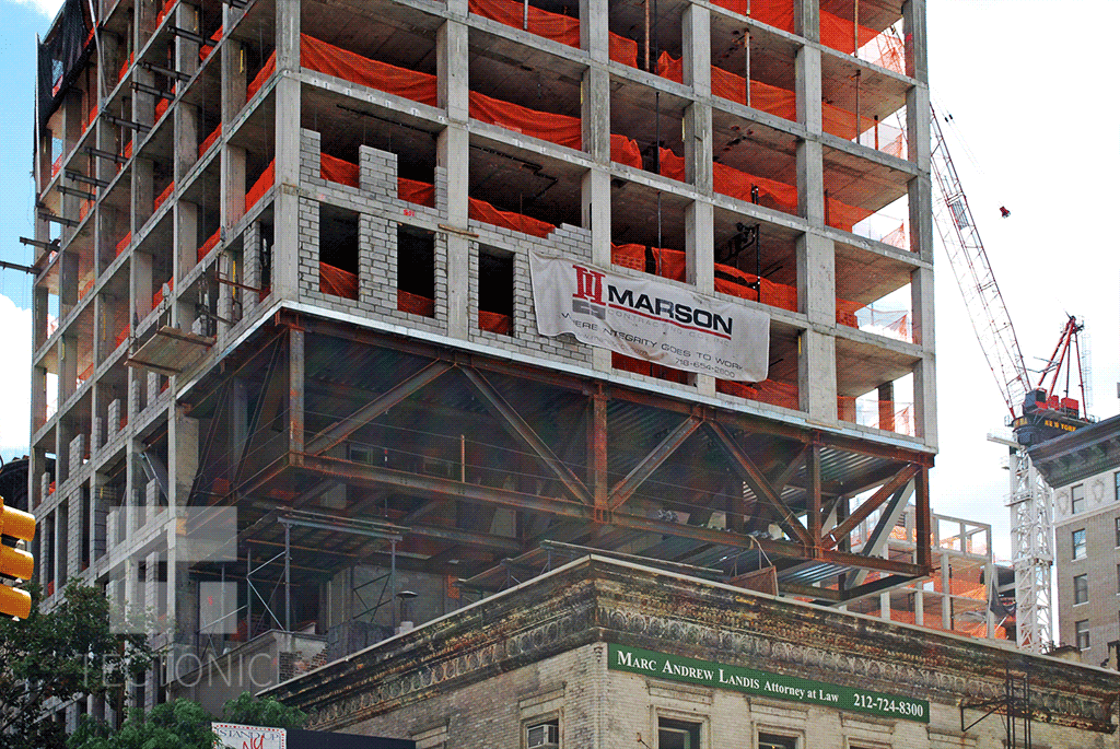 Structural supports on the western side