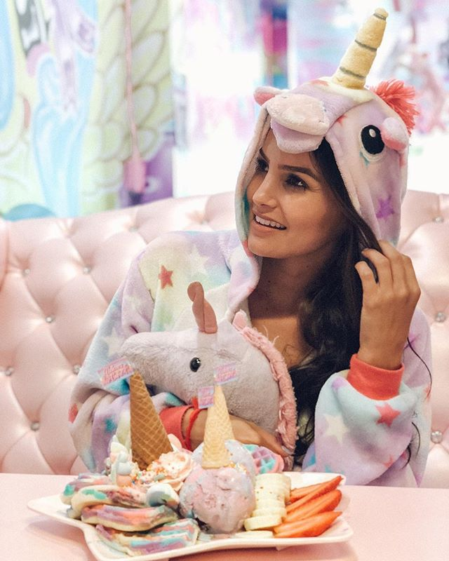 I melted into little puddles of happiness made from rainbows and glitter and went to unicorn heaven! Yes, I'm 30. Nope, I don't give a fluff that I look silly! #doyouboo