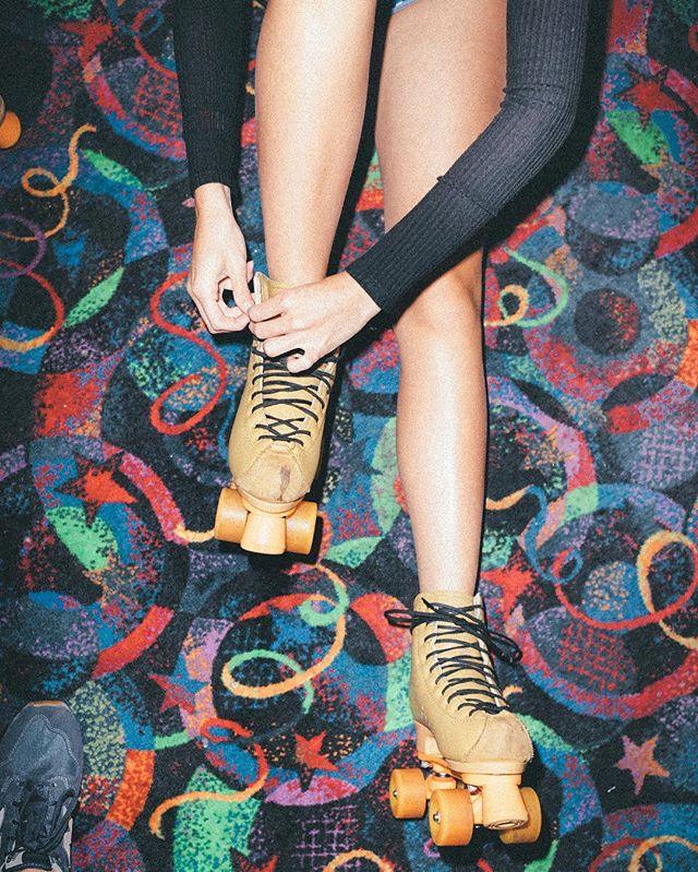 Visiting @playlandskatecenter is like stepping back into my 1990s childhood. 📀  #90sfashion #1990s #90skids #rollerskating #skatingrink #austintx #austin #kodakultramax400 #vscofilm #vsco #nikon #photooftheday #picoftheday #color #retro #art #artoftheday #artofvisuals #legsfordays #lifestyle #life #instagood #instagram