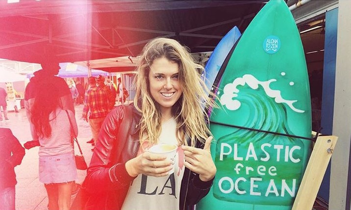 snap a pic of your beverage of choice without a plastic lid and hashtag #toplessforthesea