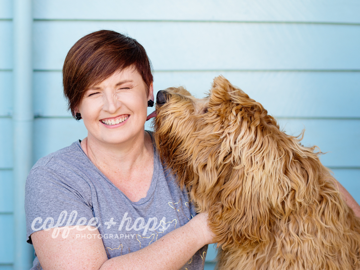 Fiona from Coffee+Hops Photography with Violet the labradoodle