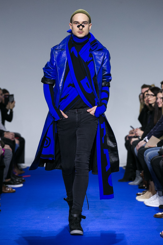 Intense blue - Jakub Polanka