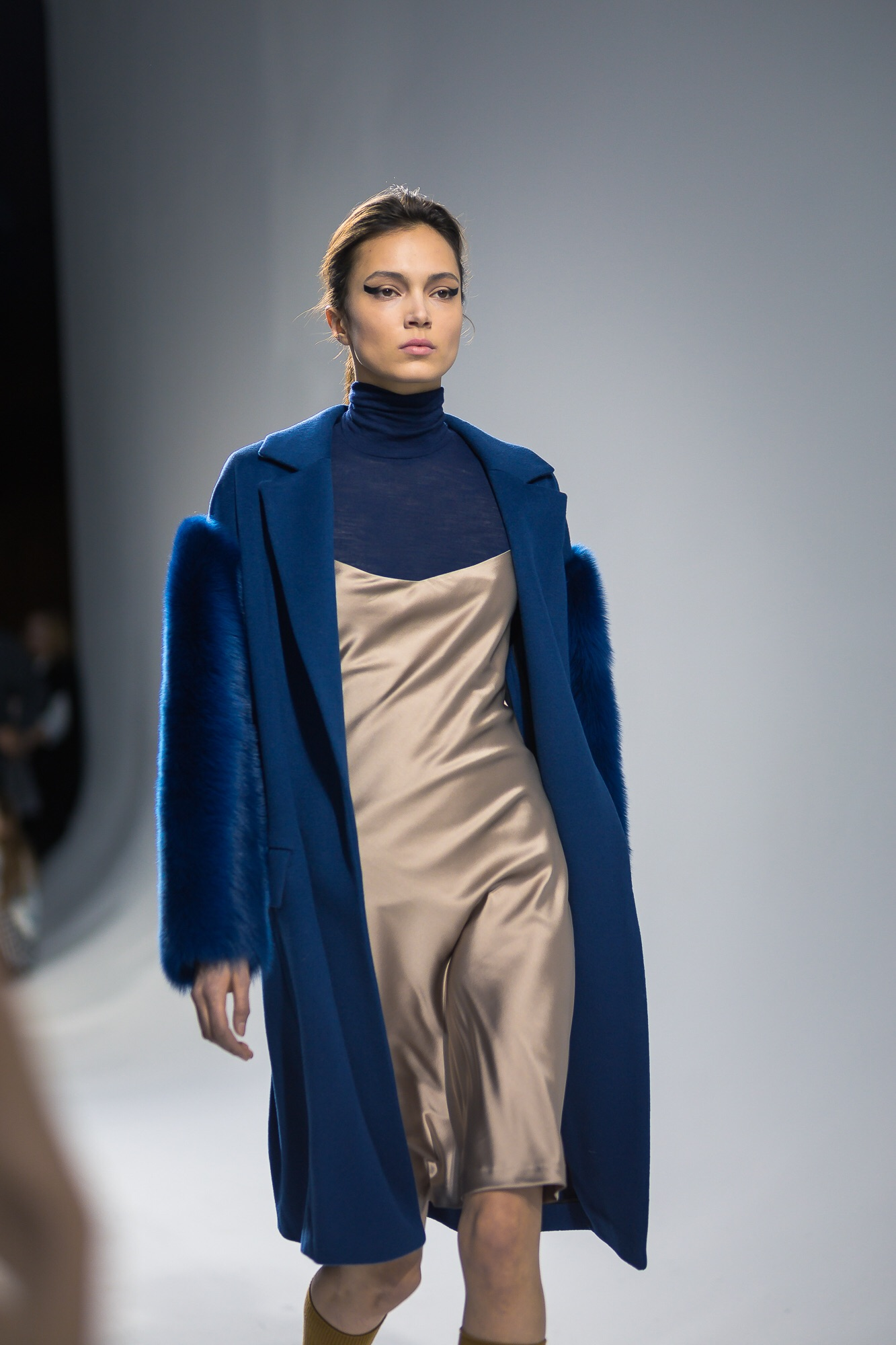 Silverline collection - Fur sleeves - Pietro Filipi.