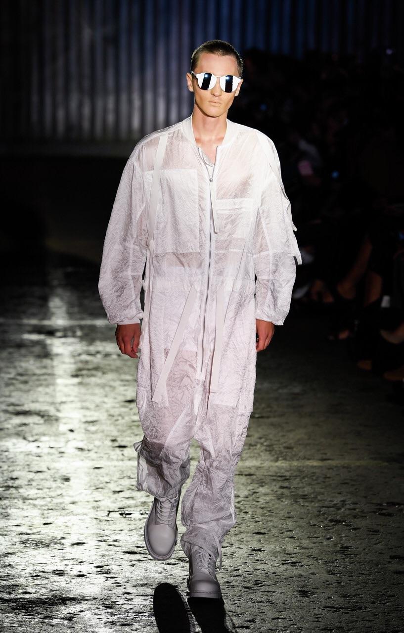 Barbara I Gongini - parachute fabric