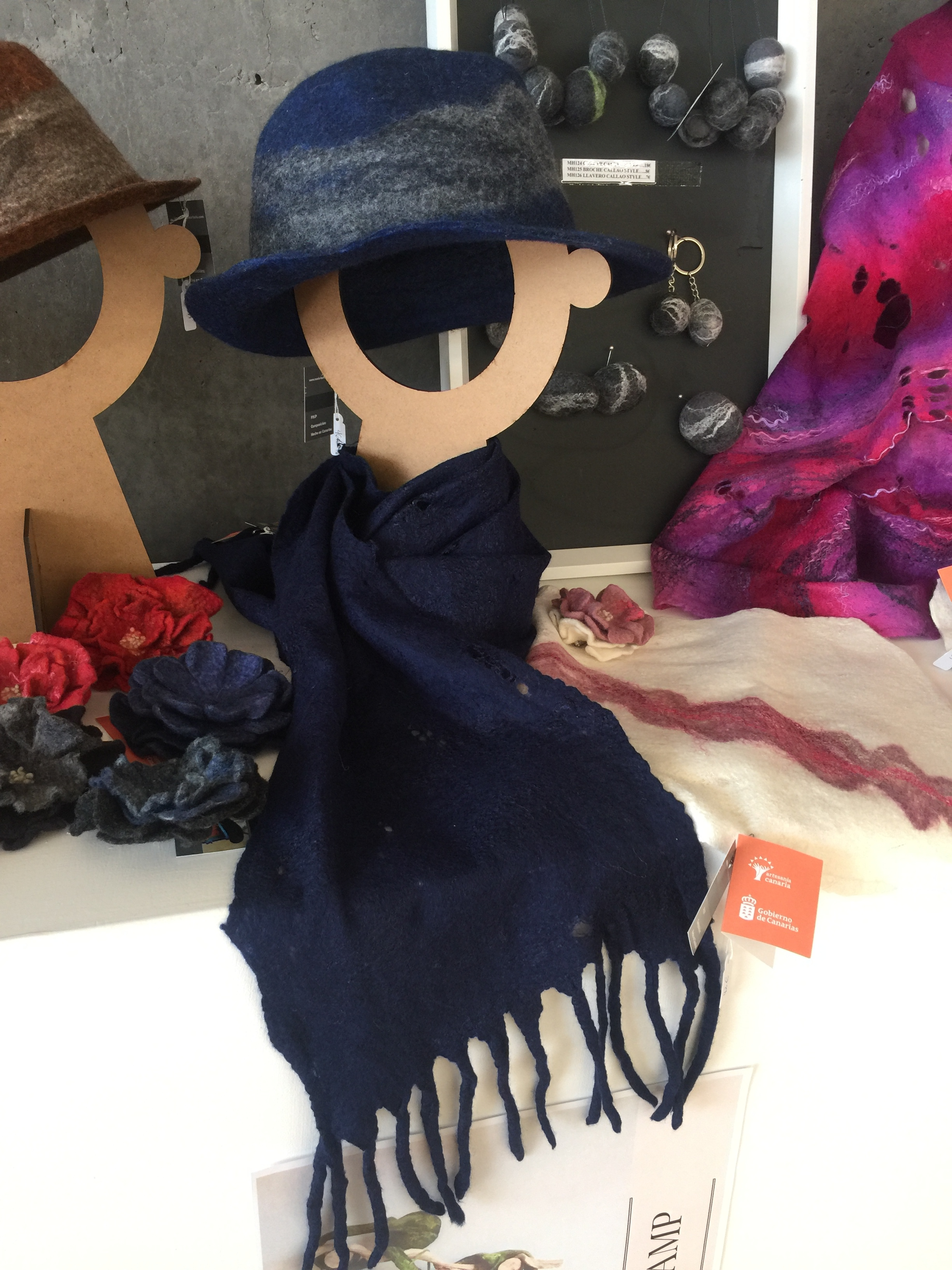 Maria Hurtado felt hat in glorious blue