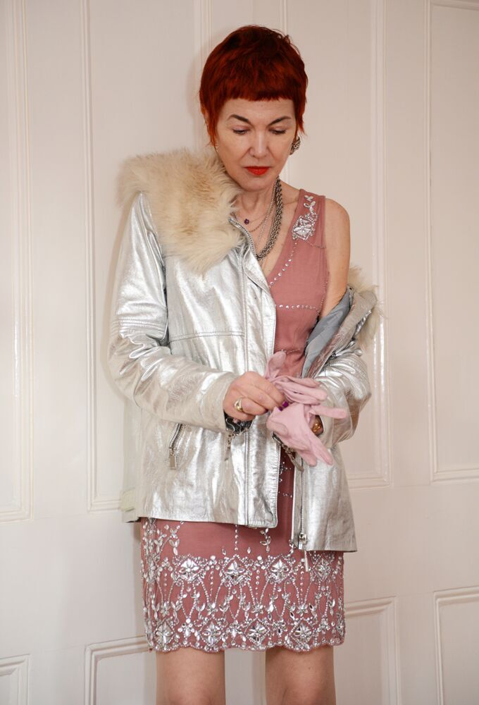 Short pink leather gloves from the 60´s worn with Eudon Choi for River Island Parker and cocktail dress from Ariella - photo Julia Mills