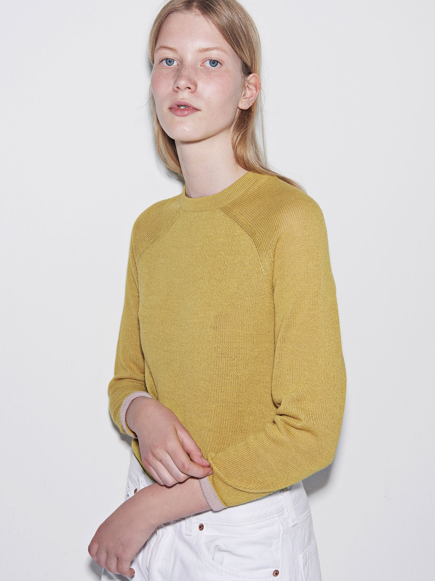 Yellow baby alpaca sweater - made in prison by Carcel Clothing