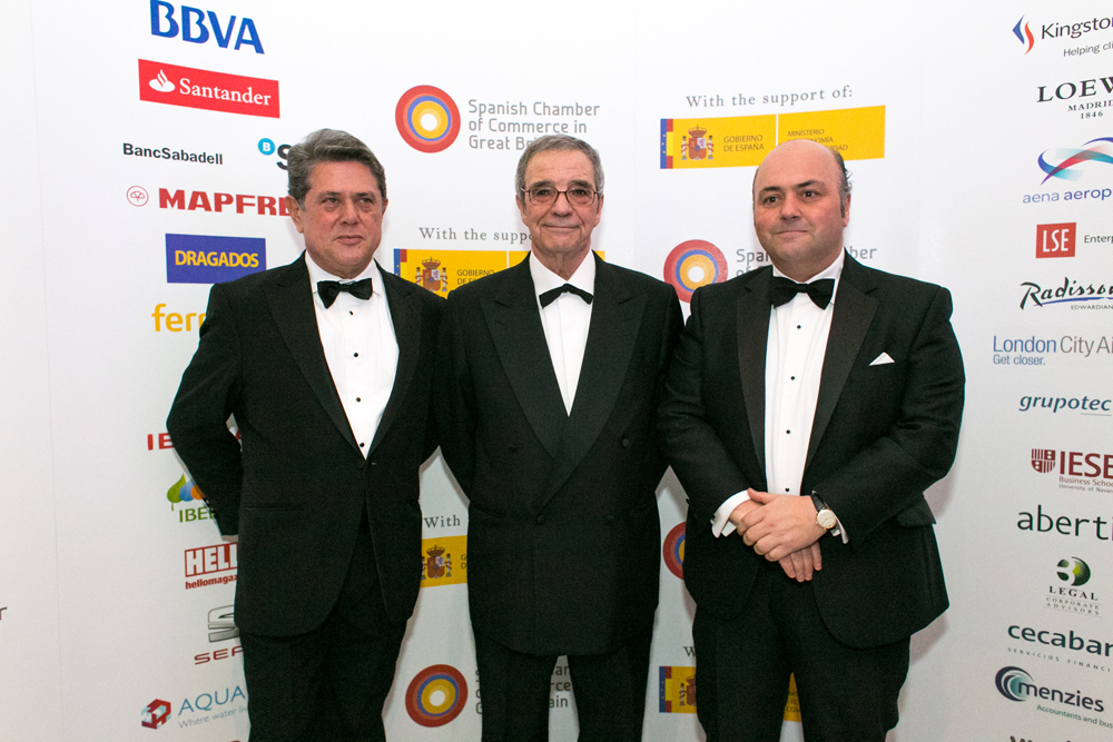 Federico Trillo-Figueroa, Spain's ambassador to the United Kingdom, César Alierta, Executive Chairman and CEO of Telefónica and Javier Fernández Hidalgo, Vice-President of Spanish Chamber of Commerce pose for group photo at the Spanish Chamber of Commerce Gala Dinner, London 2014