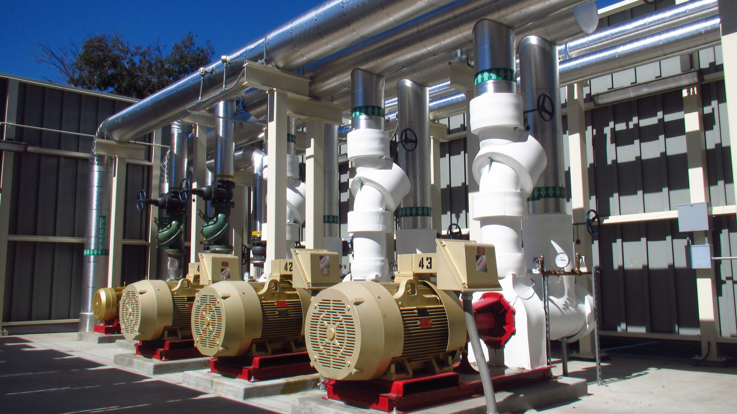 Hydronic Pumps at Lockheed Martin Space Center