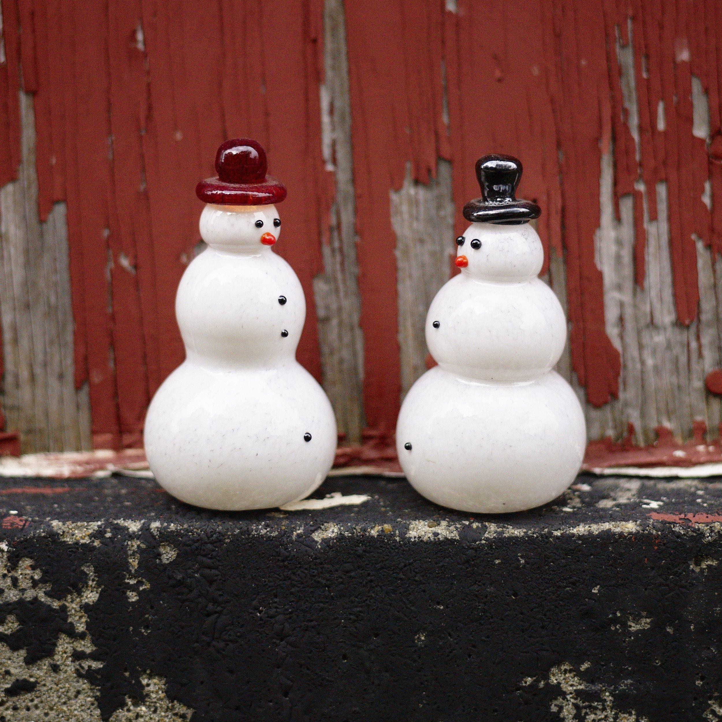 Snowfolkjpg.jpg