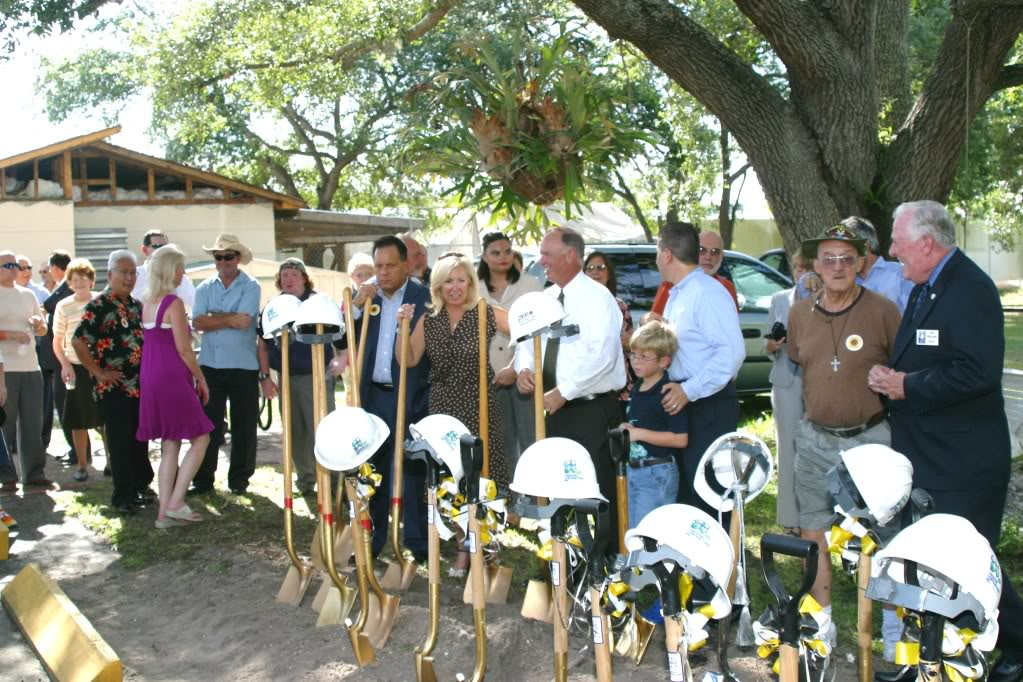 Vincent House Ground Breaking-2009.jpg
