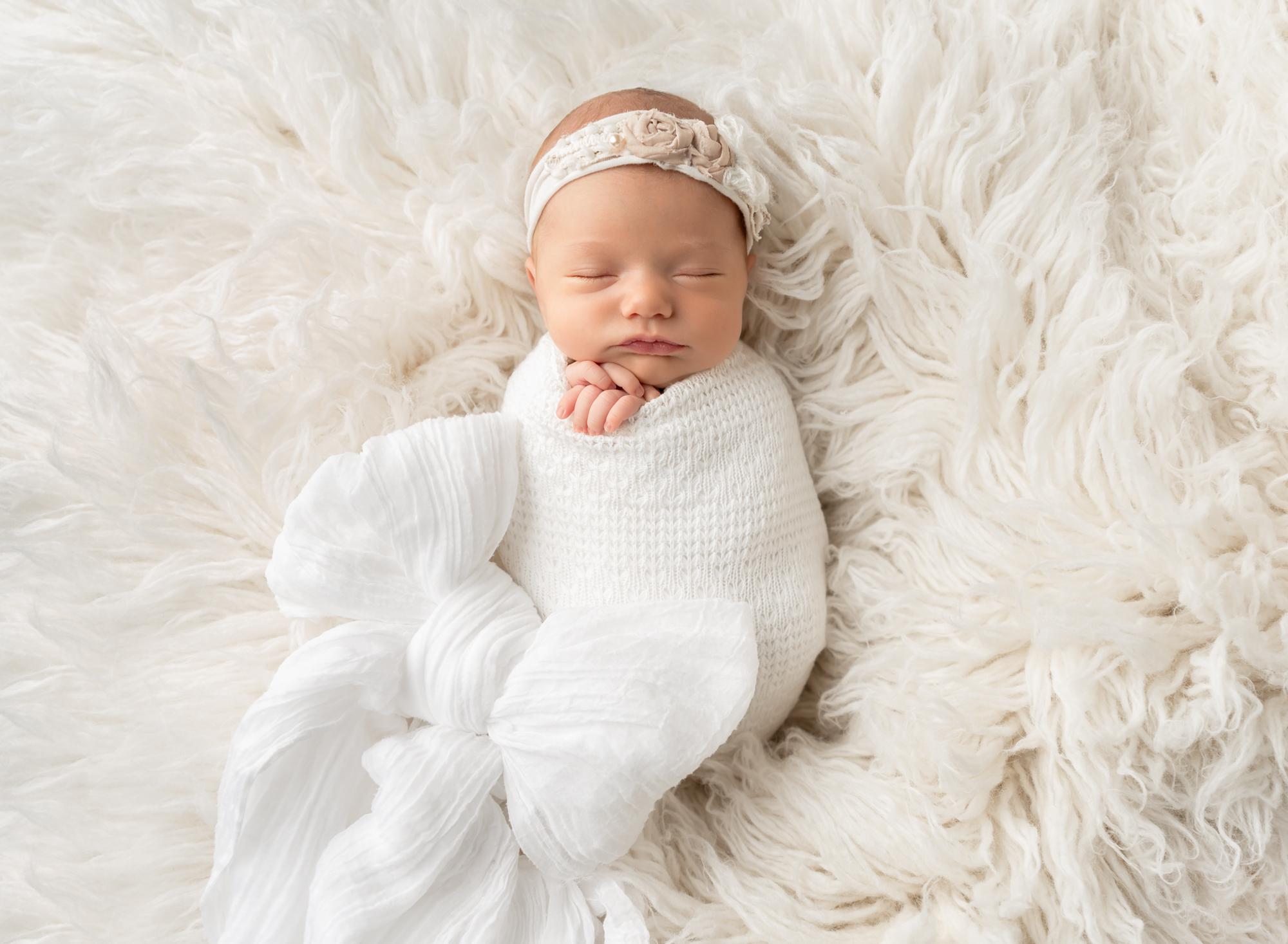 Newborn sleeps for Photographer in Queen Creek Arizona