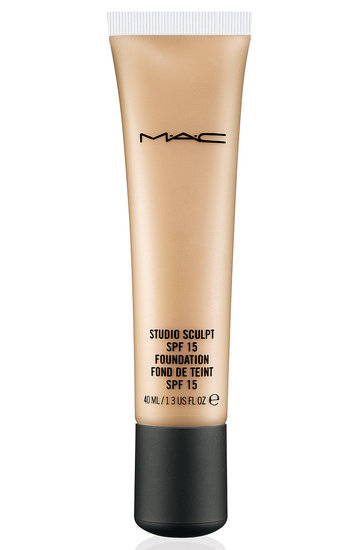 1_mac-studio-sculpt-spf-15-foundation.jpg