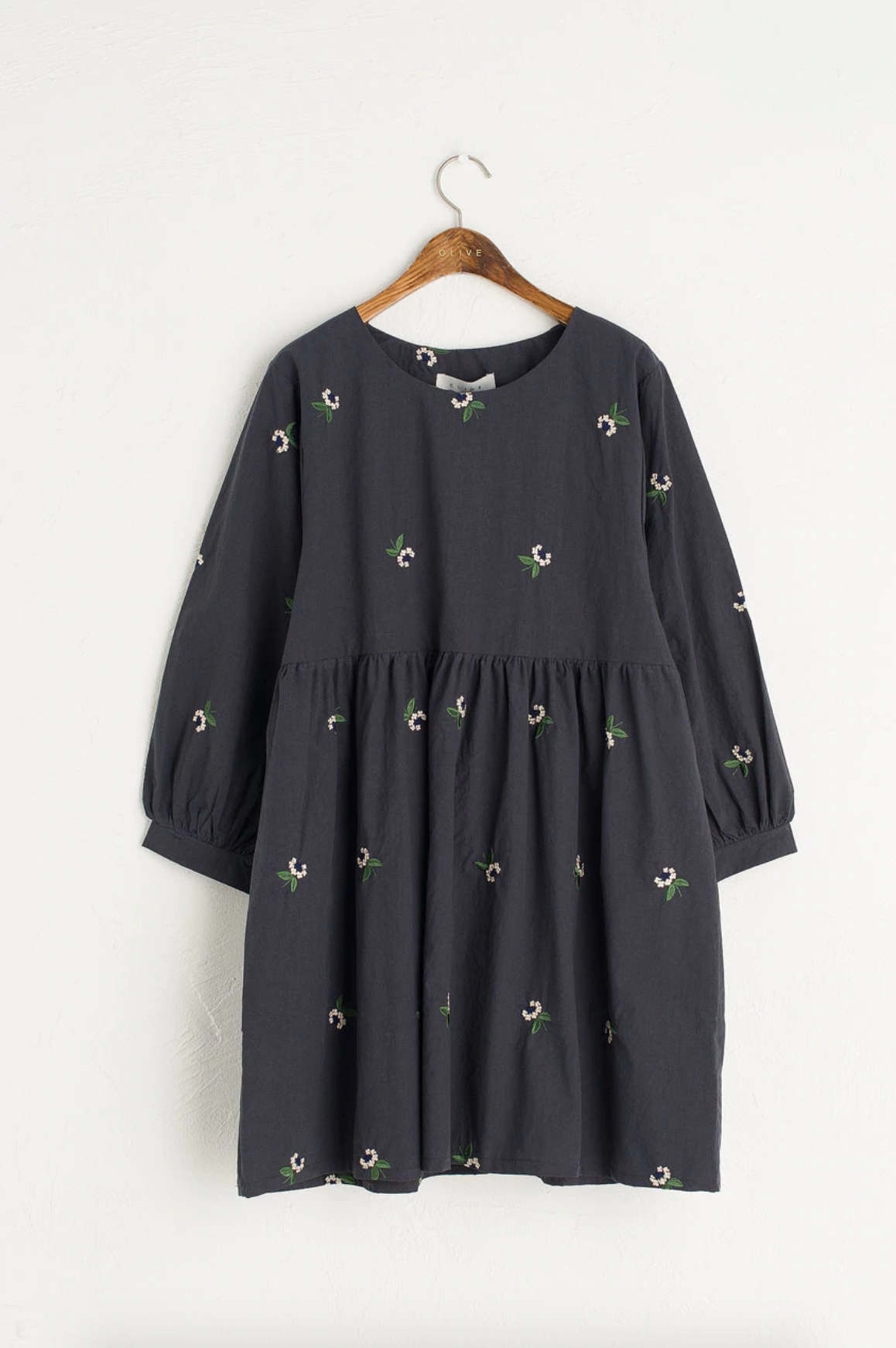 olive elderflower embroidered dress - Smock dresses are something that I've really come to love over the past couple of years. Mostly because the thought of now wearing something tight is not appealing to me in the slightest. I cannot think of anything worse than something figure hugging and I'm all about comfort and I think smock dresses are the epitome of summertime comfort. And although this dress is more of an S/S piece it will be still something I can wear in the cooler months too with a pair of tights and loafers. Typically I'm not someone who loves patterned items, apart from stripes obviously but the little floral details are really sweet on this.