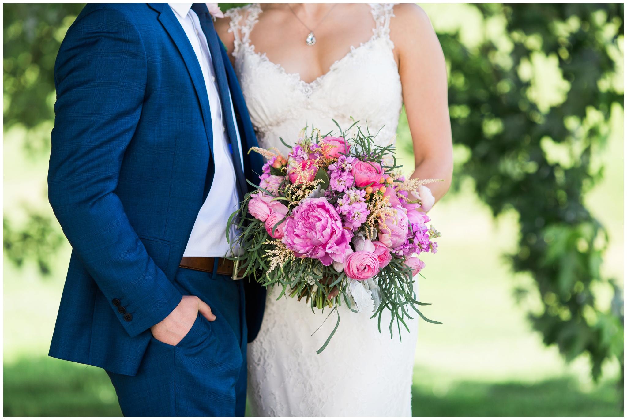 emily grace photography stoltzfus homestead and garden wedding