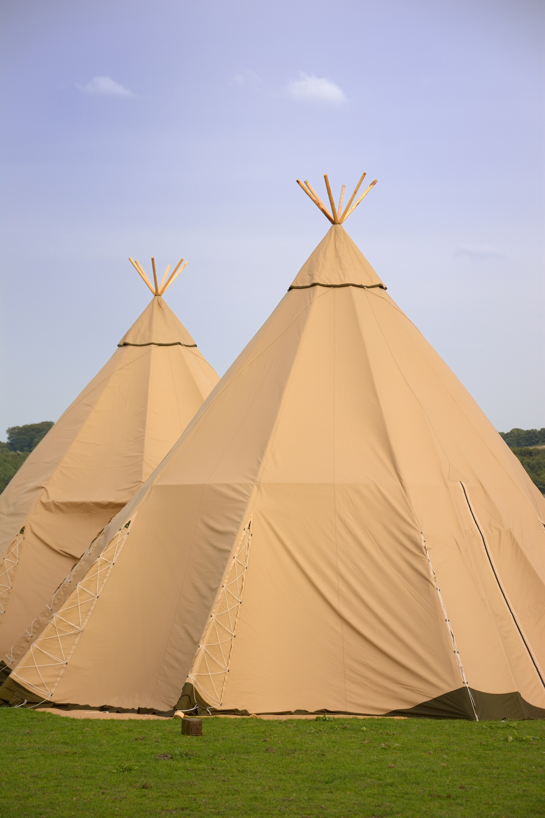Tan tipi hire for weddings, festivals, corporate brand events and parties