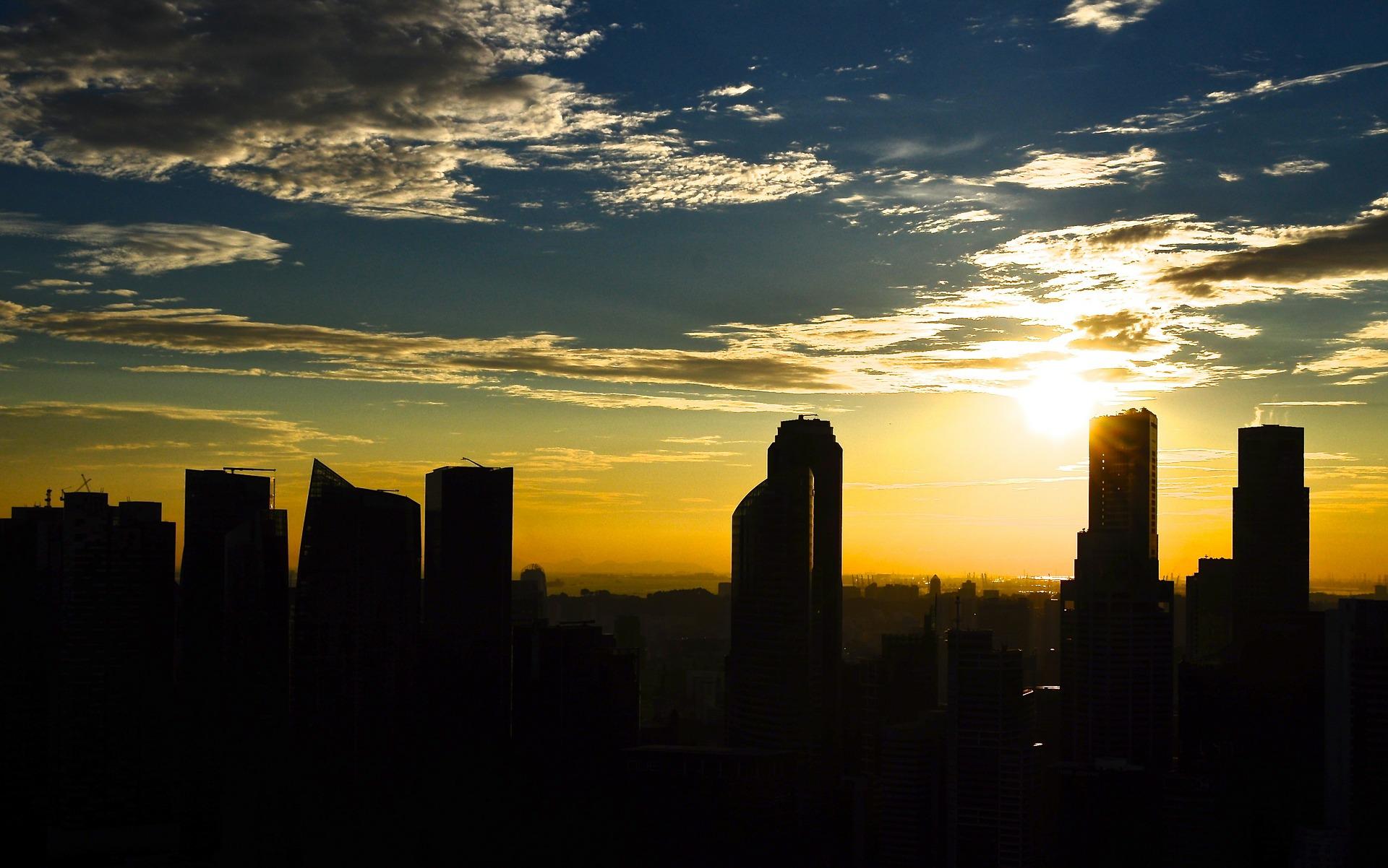 skyline-200679_1920.jpg