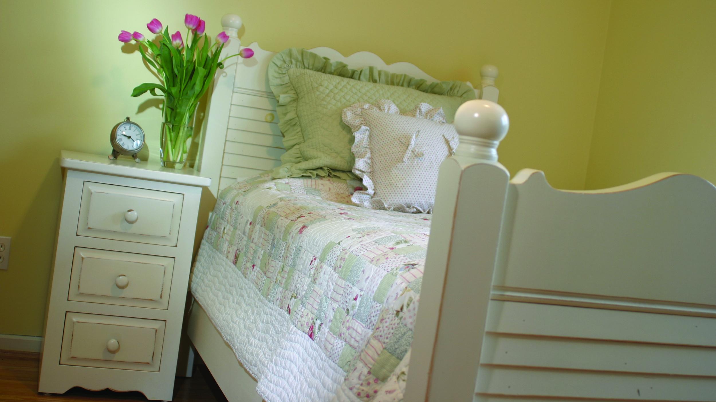 Solid White | True North Furniture