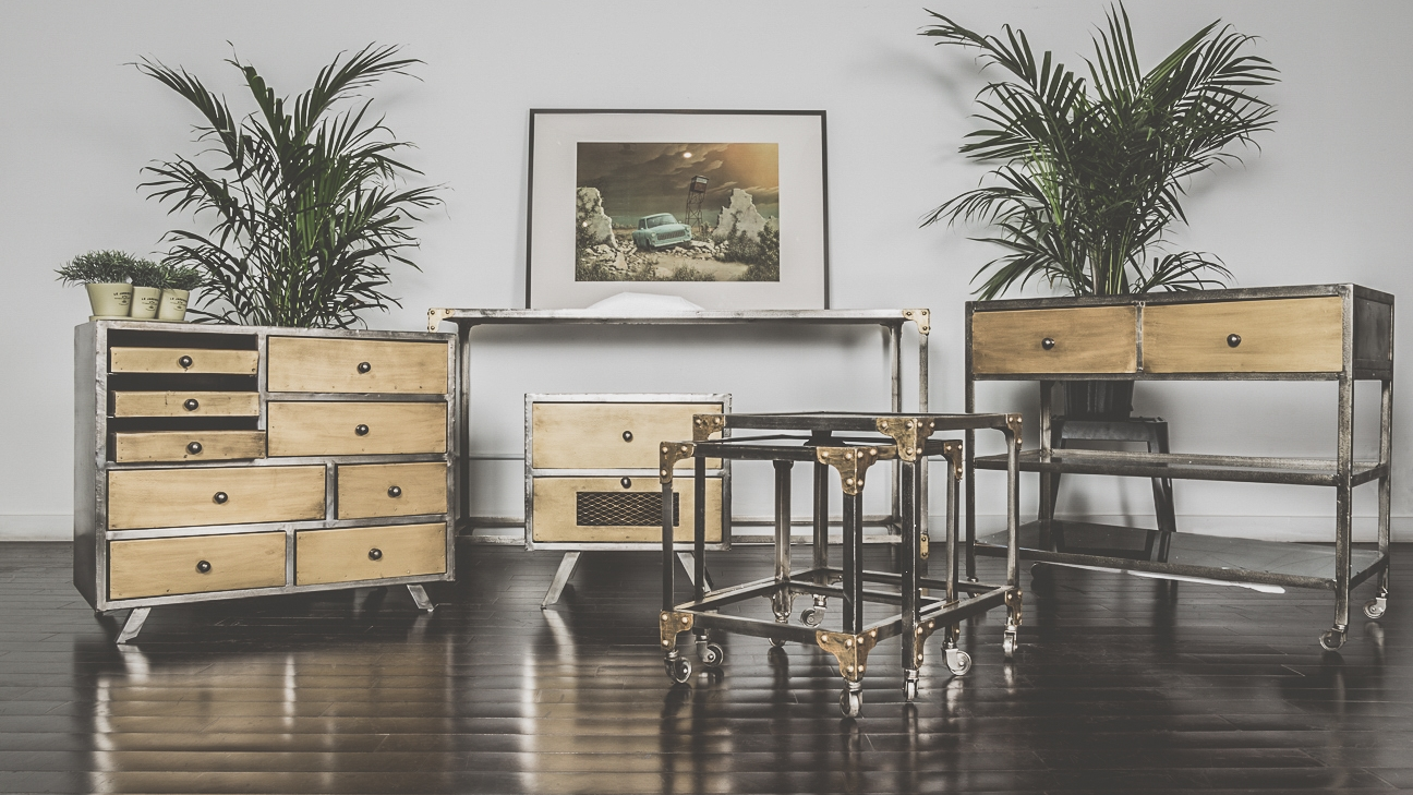 Side Tables & Hutches