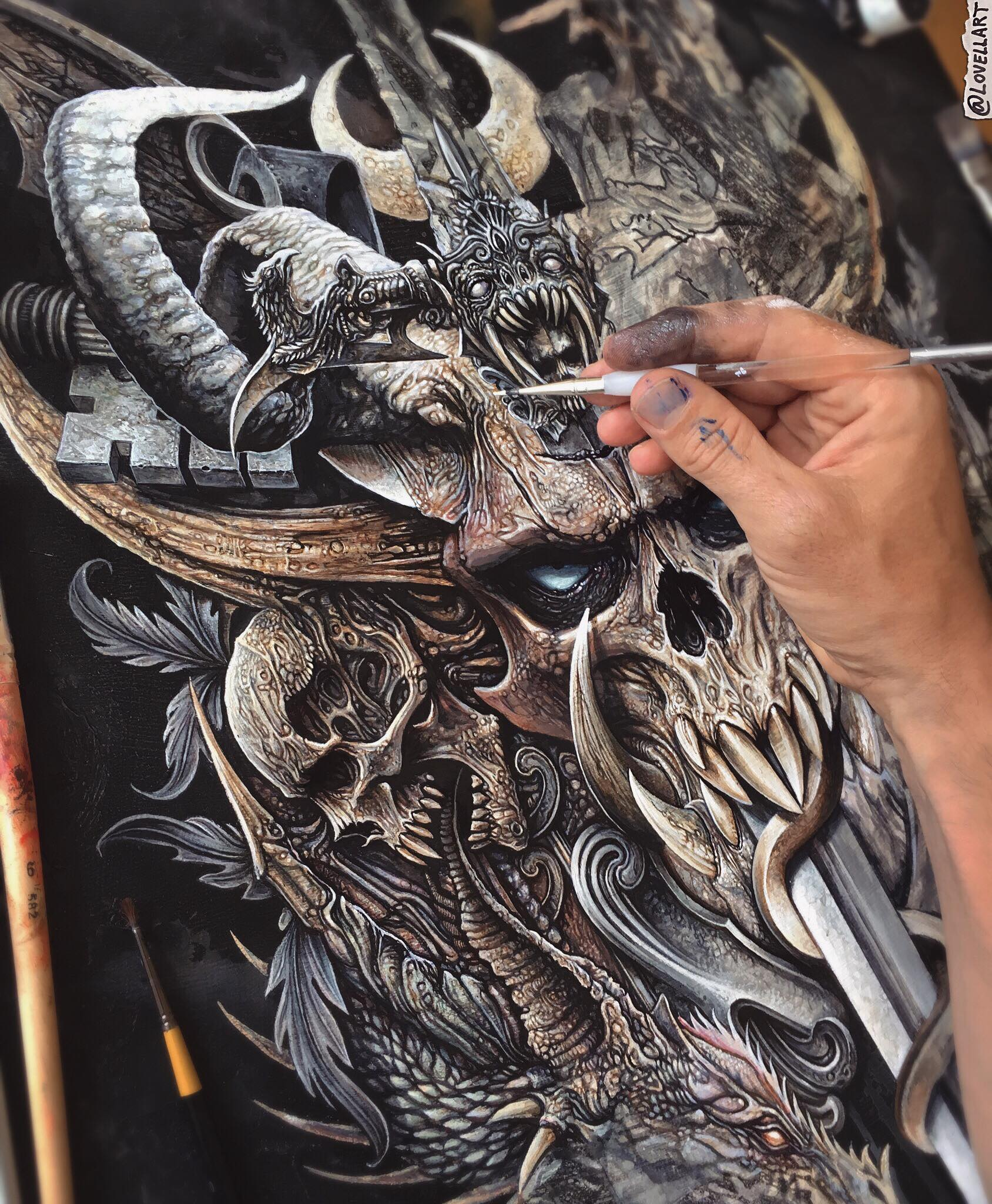 🔥☠️Progress peek!🗡 Thought I'd give you a look at what's currently on the drawing board..  I've been busy working flat out on this beast of a painting, so many details and textures for me to play with! 🤗 Lots of refining still to do on what you see here, but this eve I make my way down to the lower left dragon head!🐲 This commission has been giving me lots of nostalgia and totally the kind of art I wanted to produce when I was a school kid playing Warhammer and listening to metal! Thanks so much  Joe Manganiello  for your patience on this!💪🏼 Stay tuned for a new dragon head any day now and a UK convention announcement! 👀
