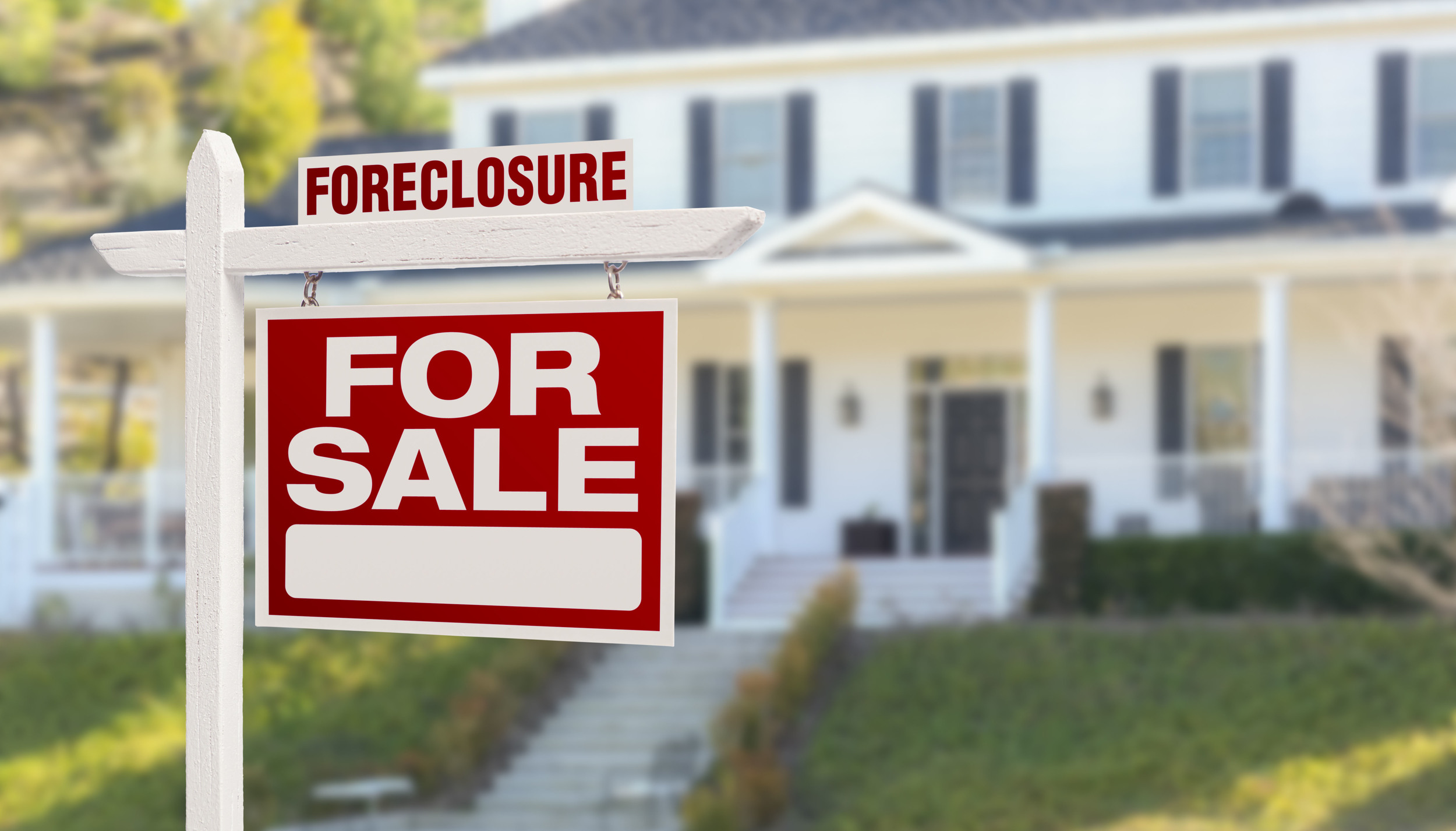 FORECLOSURE COUNSELING If you are a homeowner in danger of losing your home, CSET may be able to help. Our counselors can help you understand your options and provide information that may help save your home. Services are free and our counselors are bilingual.
