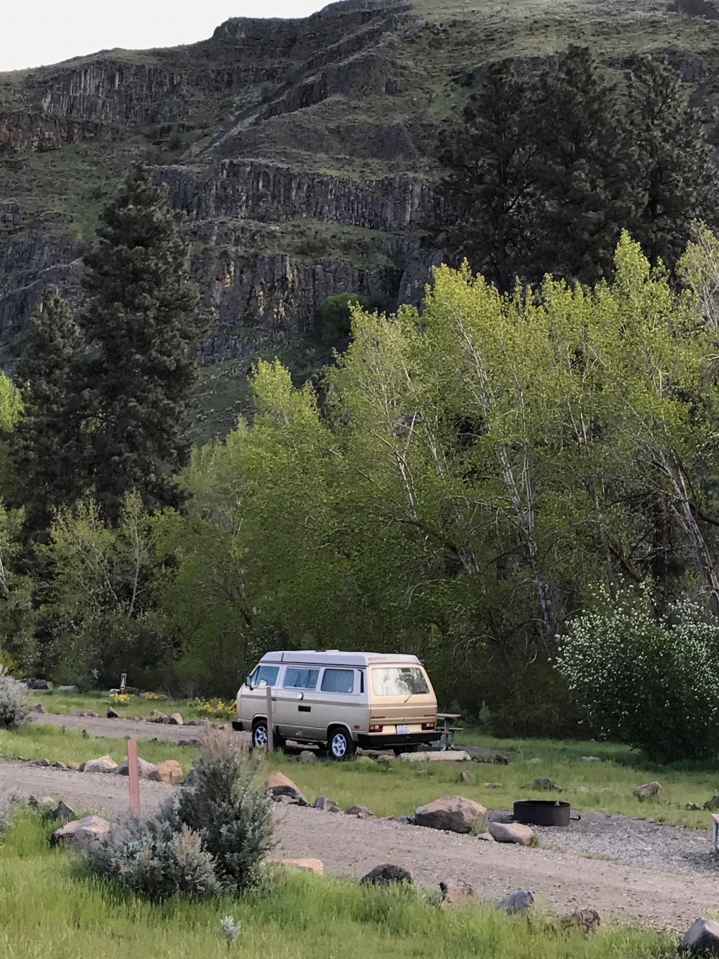 15-Yakima River Canyon.jpg