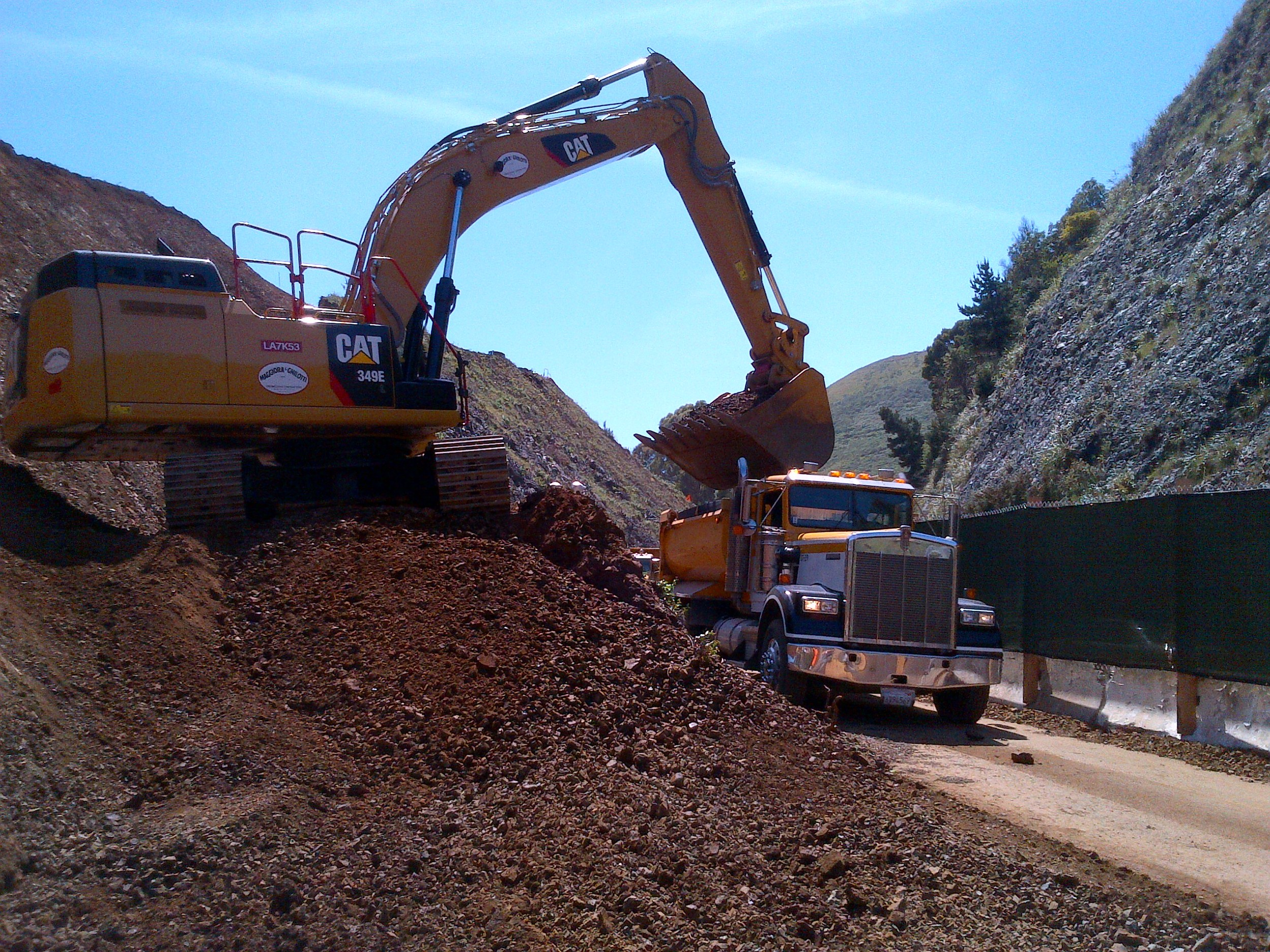 Loading out Chert Material from Alexander Cut