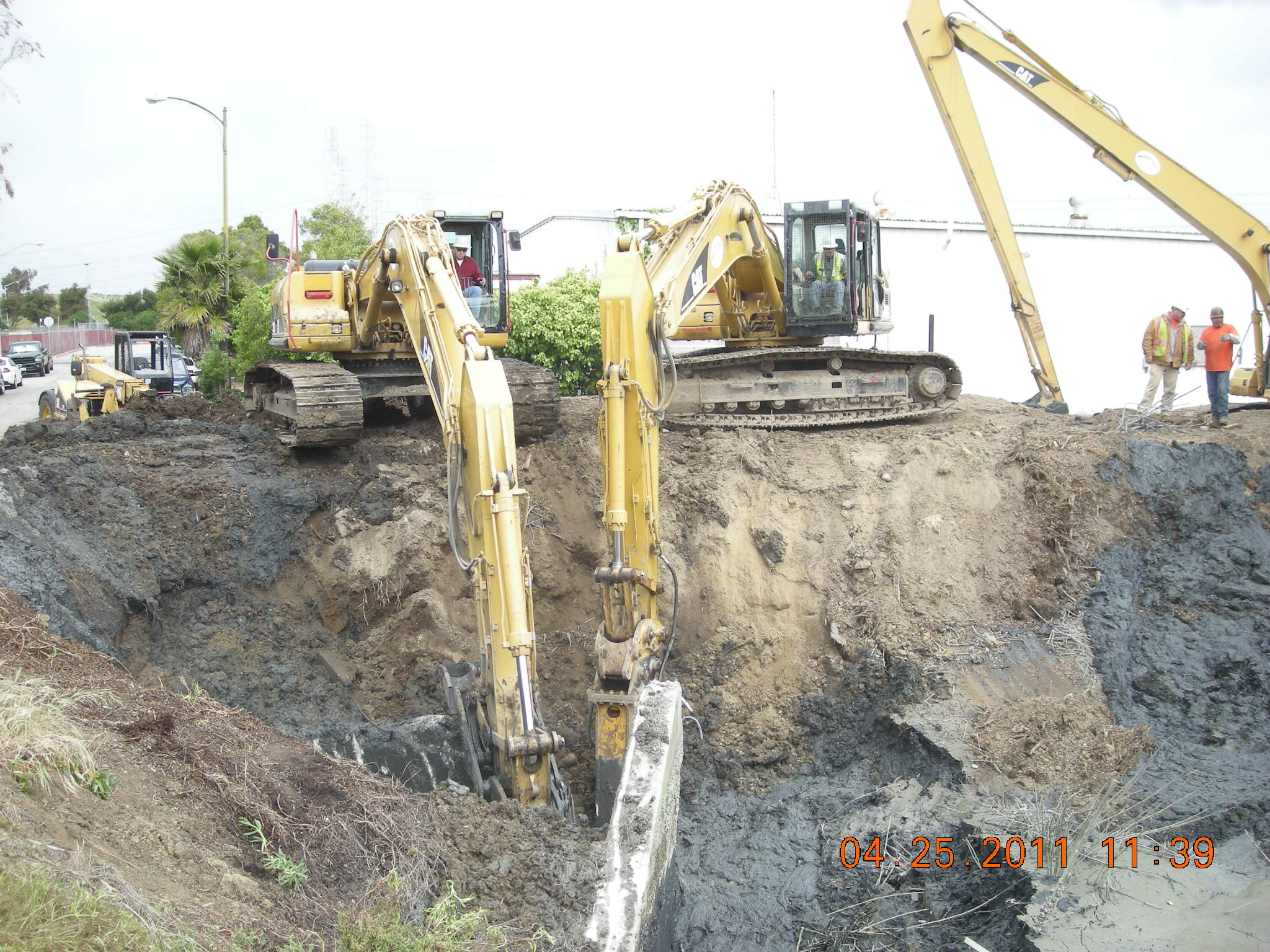 Removal of abandoned outfall structure from Sanitary Sewer plant at Seal Slough