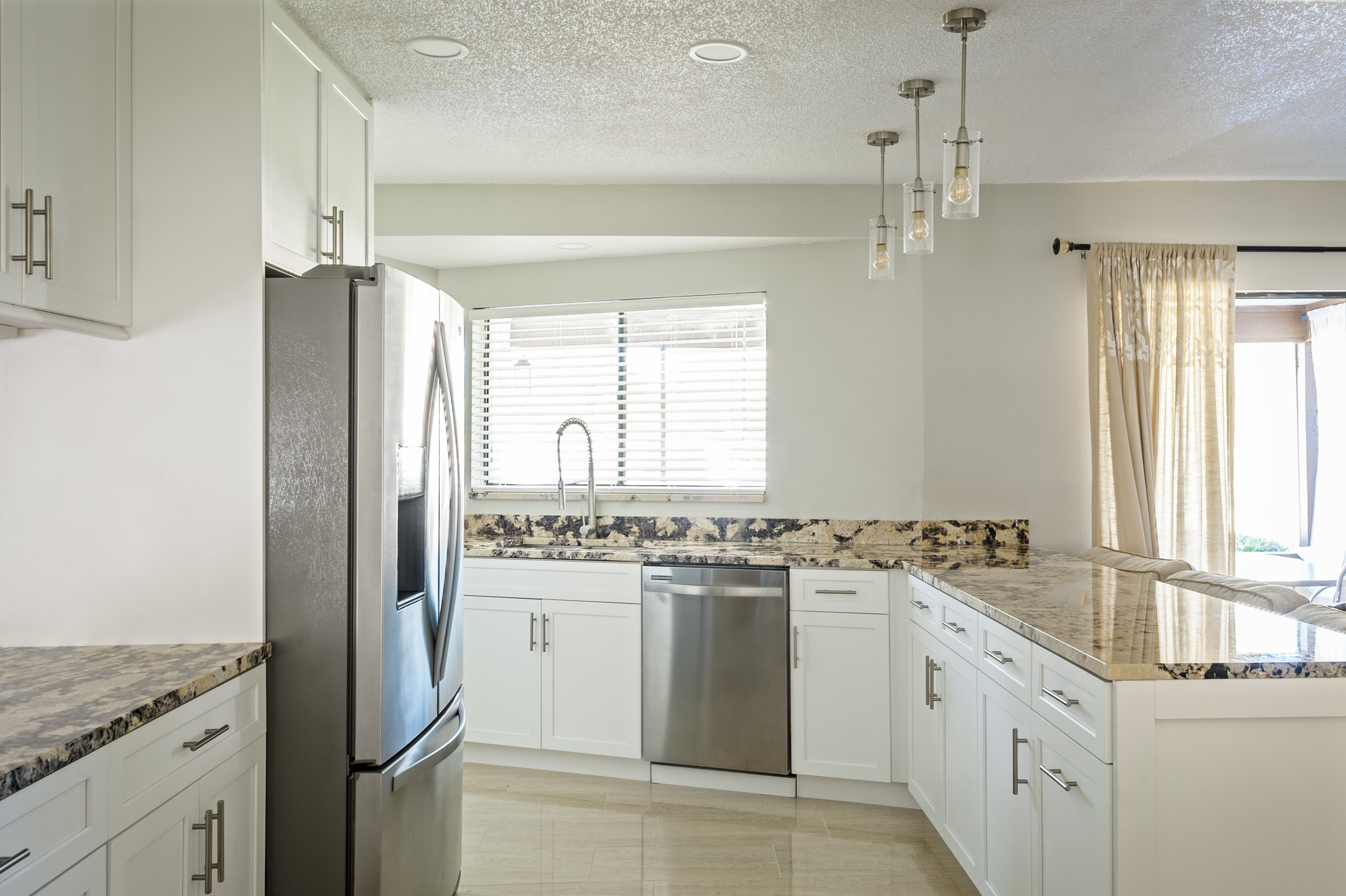 DCI Home Improvement Kitchen Remodel Tampa  (9).jpg