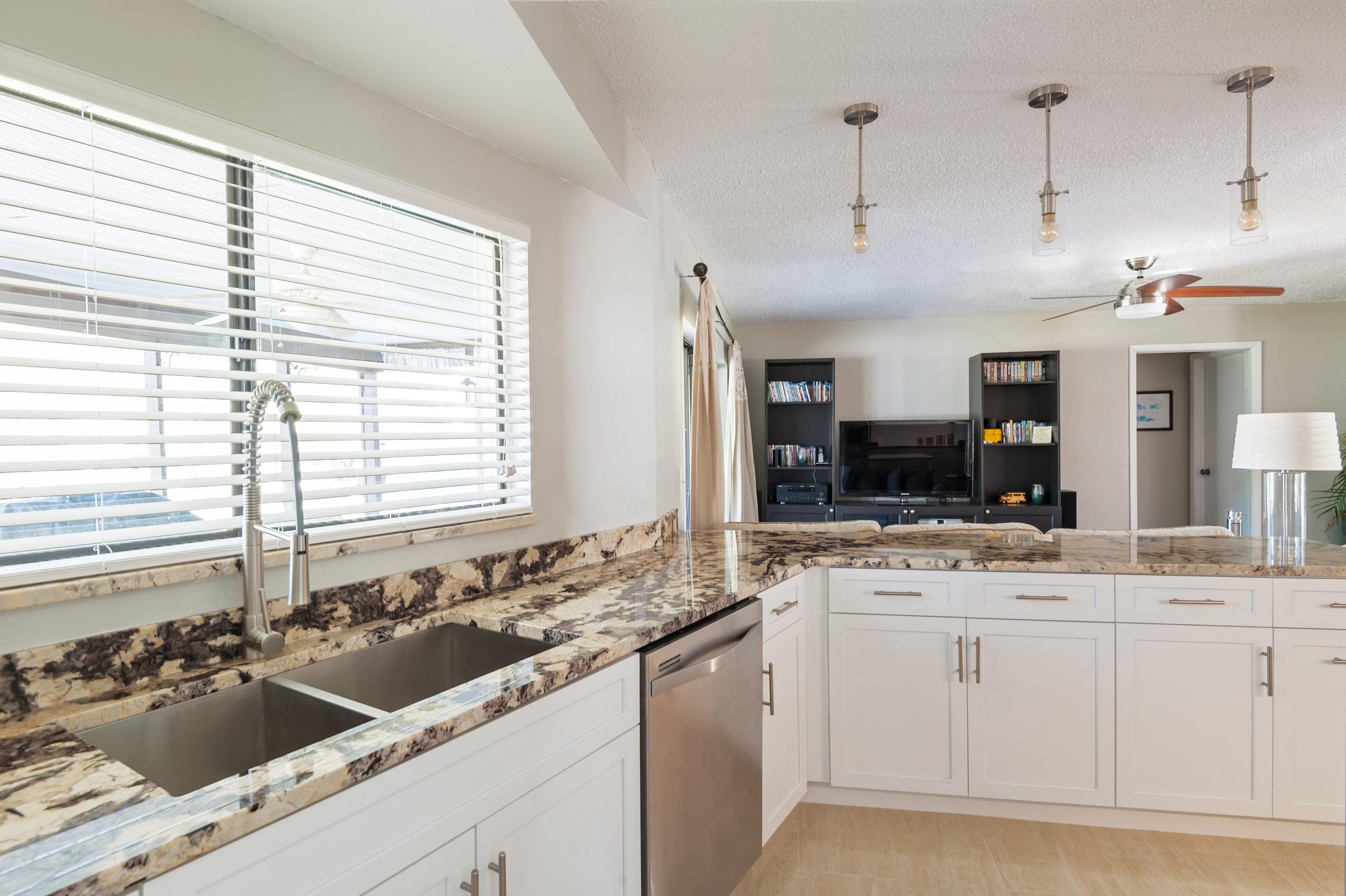 DCI Home Improvement Kitchen Remodel Tampa  (7).jpg