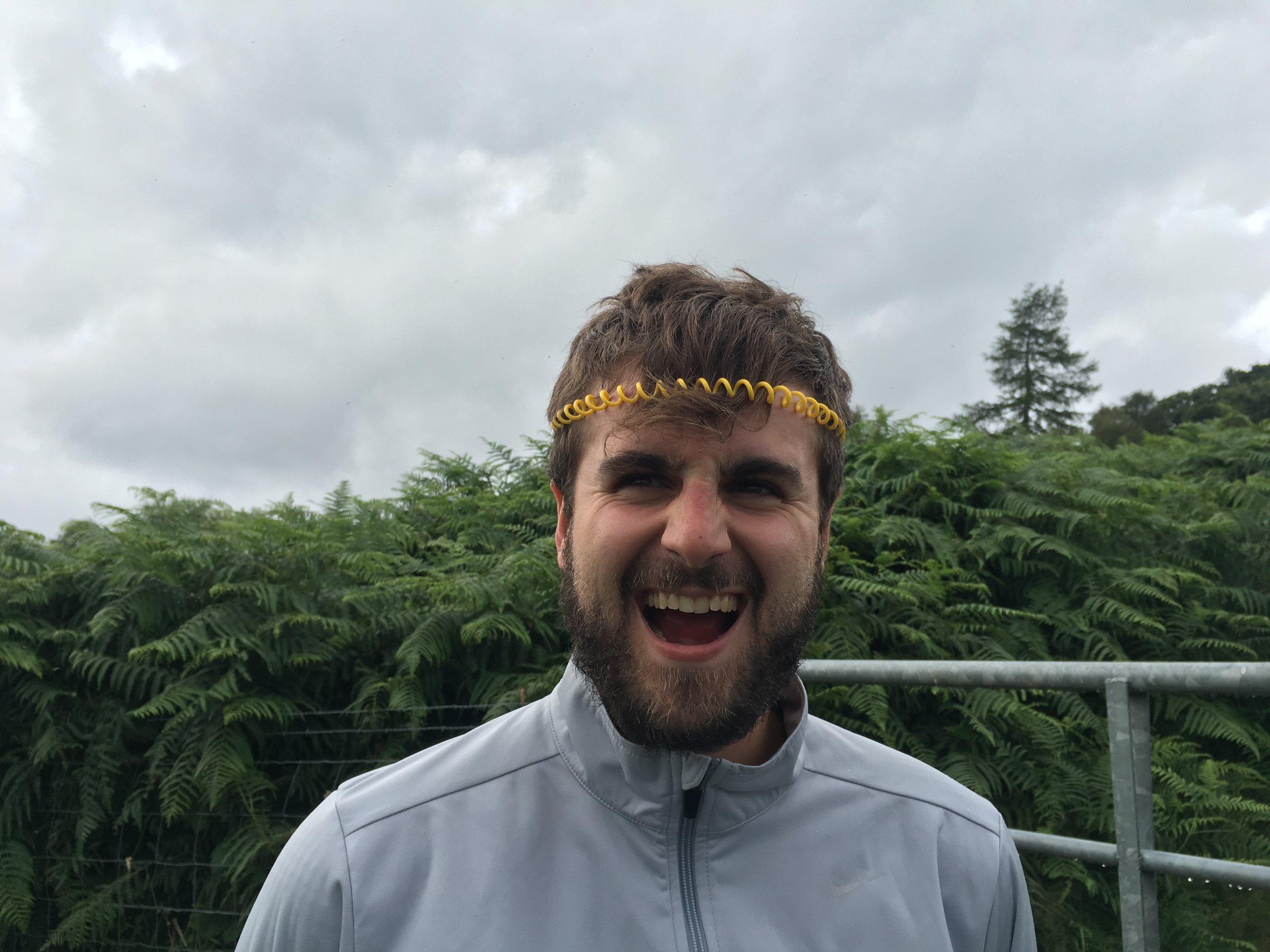 midge-band-on-head-fun