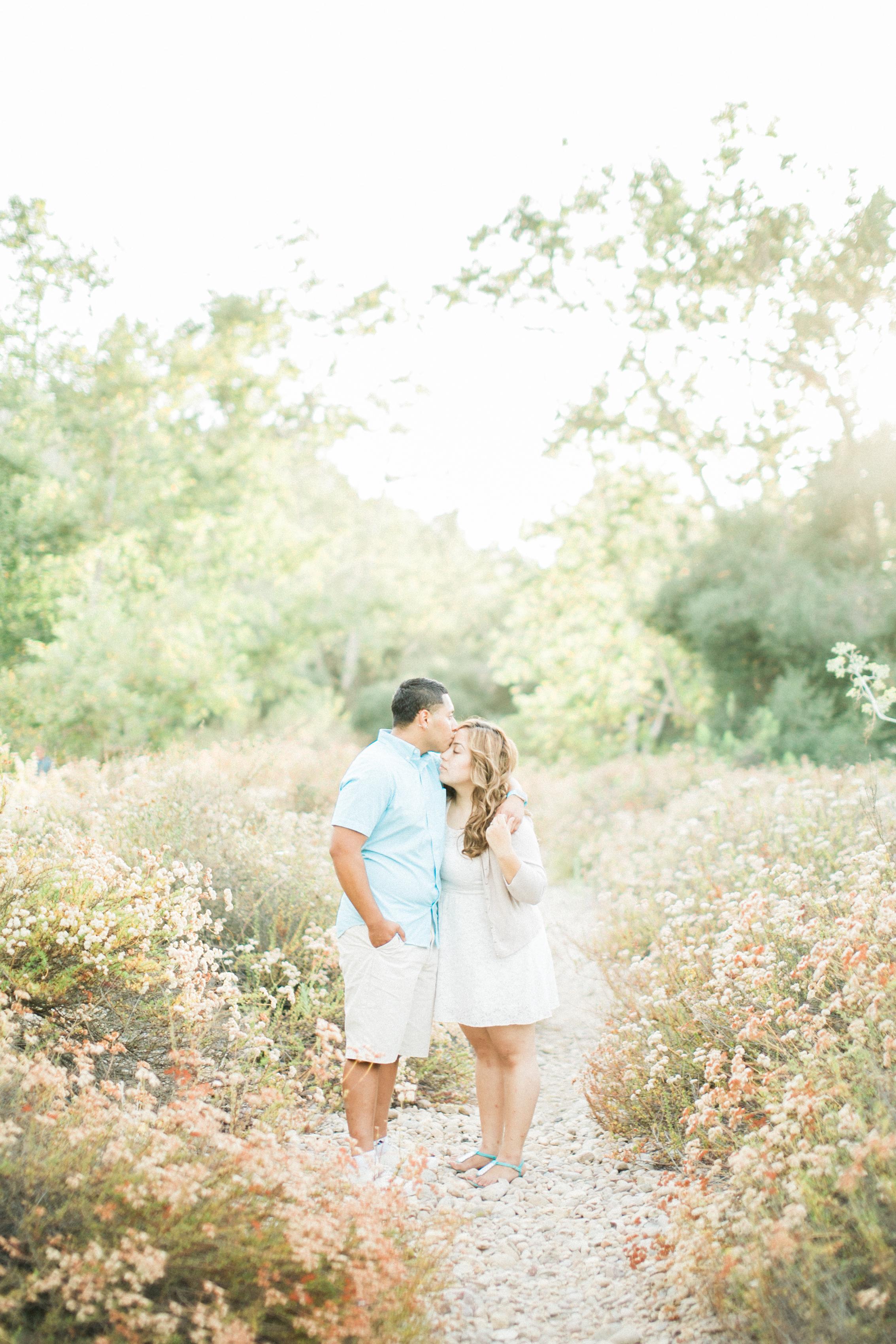 romantic-woodsy-engagement-13.jpg