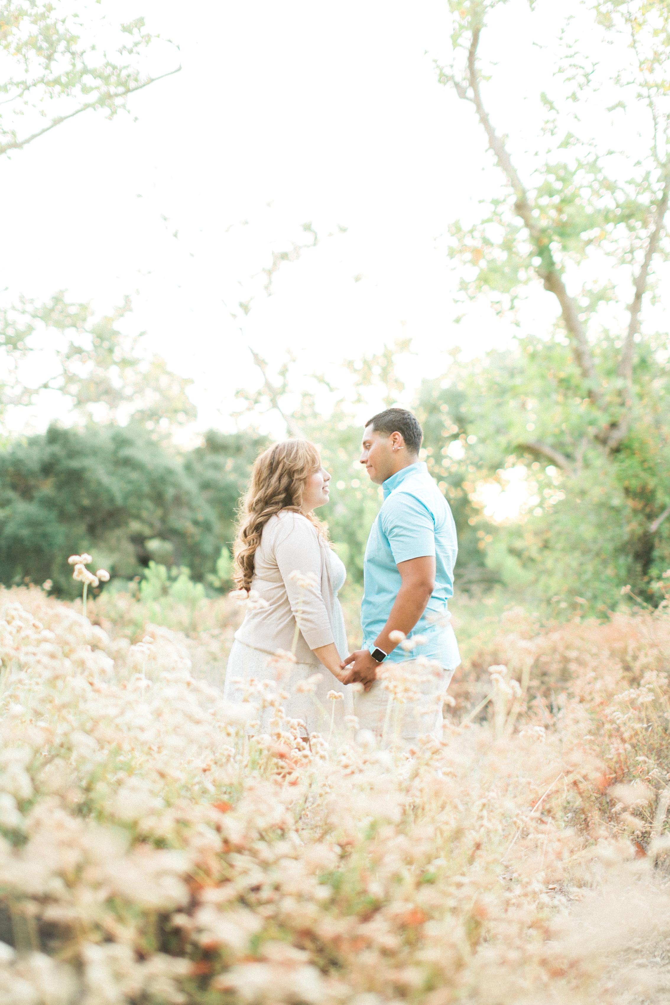 romantic-woodsy-engagement-17.jpg