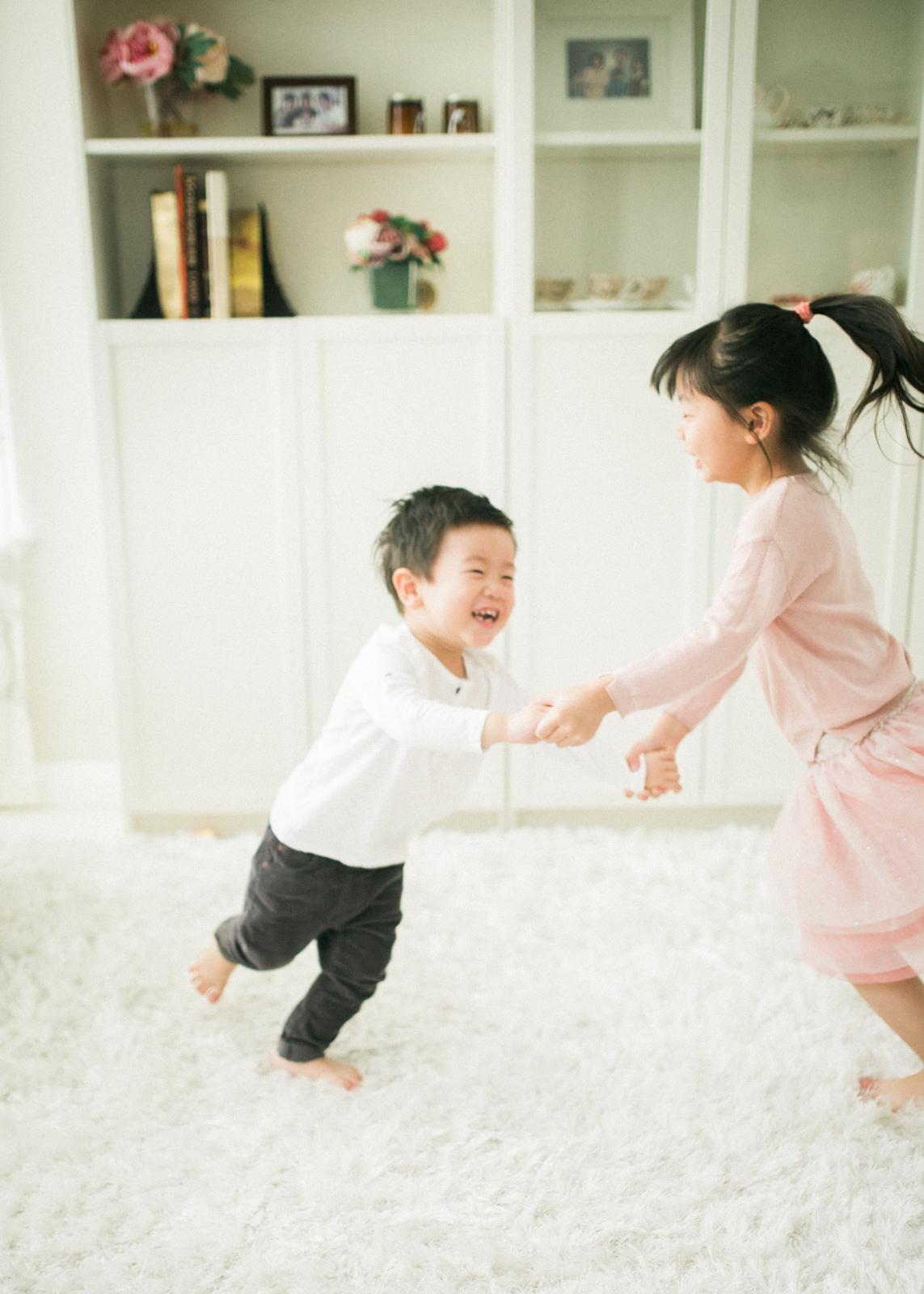 cozy-in-home-family-photos-4.jpg