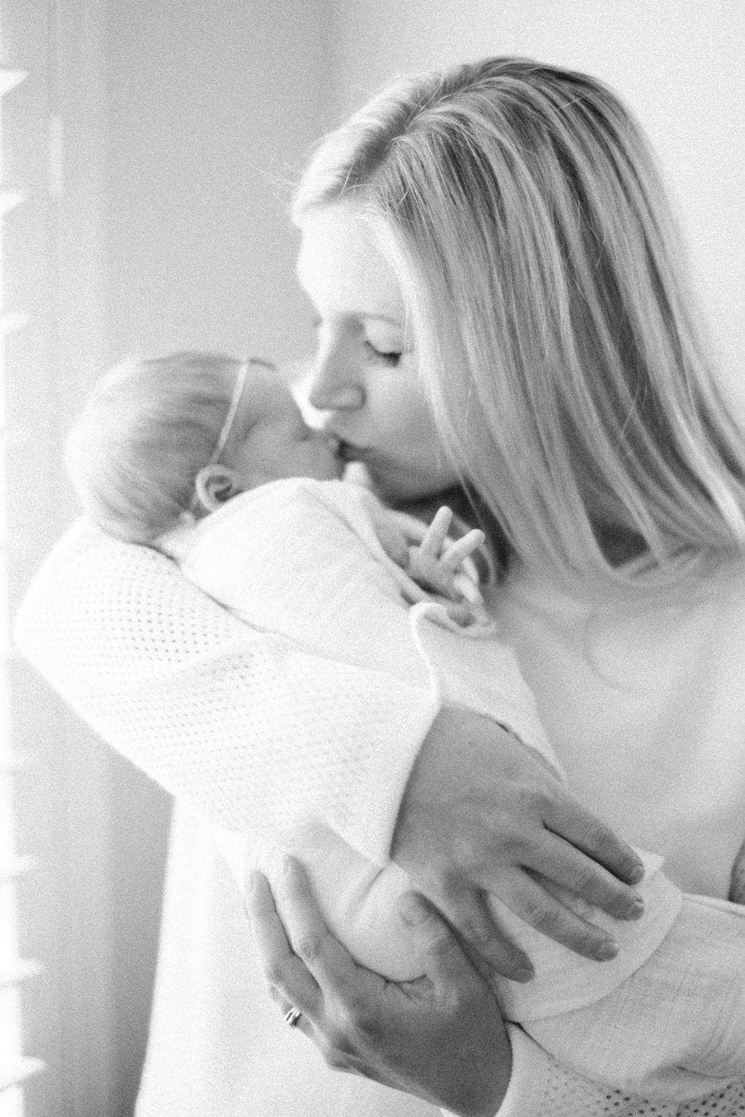 san-diego-newborn-photographer-17.jpg